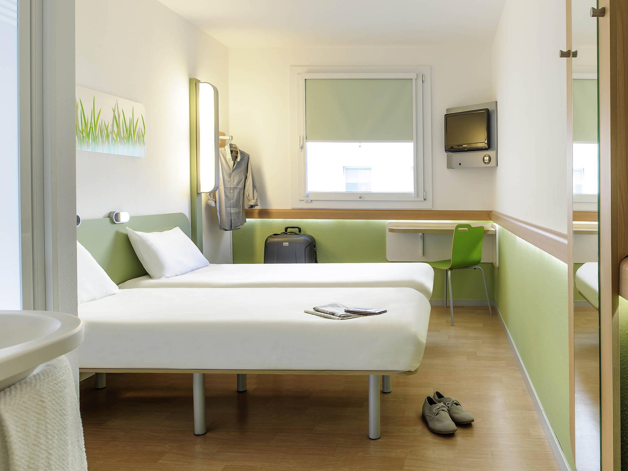 hotel ibis budget hamburg altona. book now! free wifi!, Hause deko