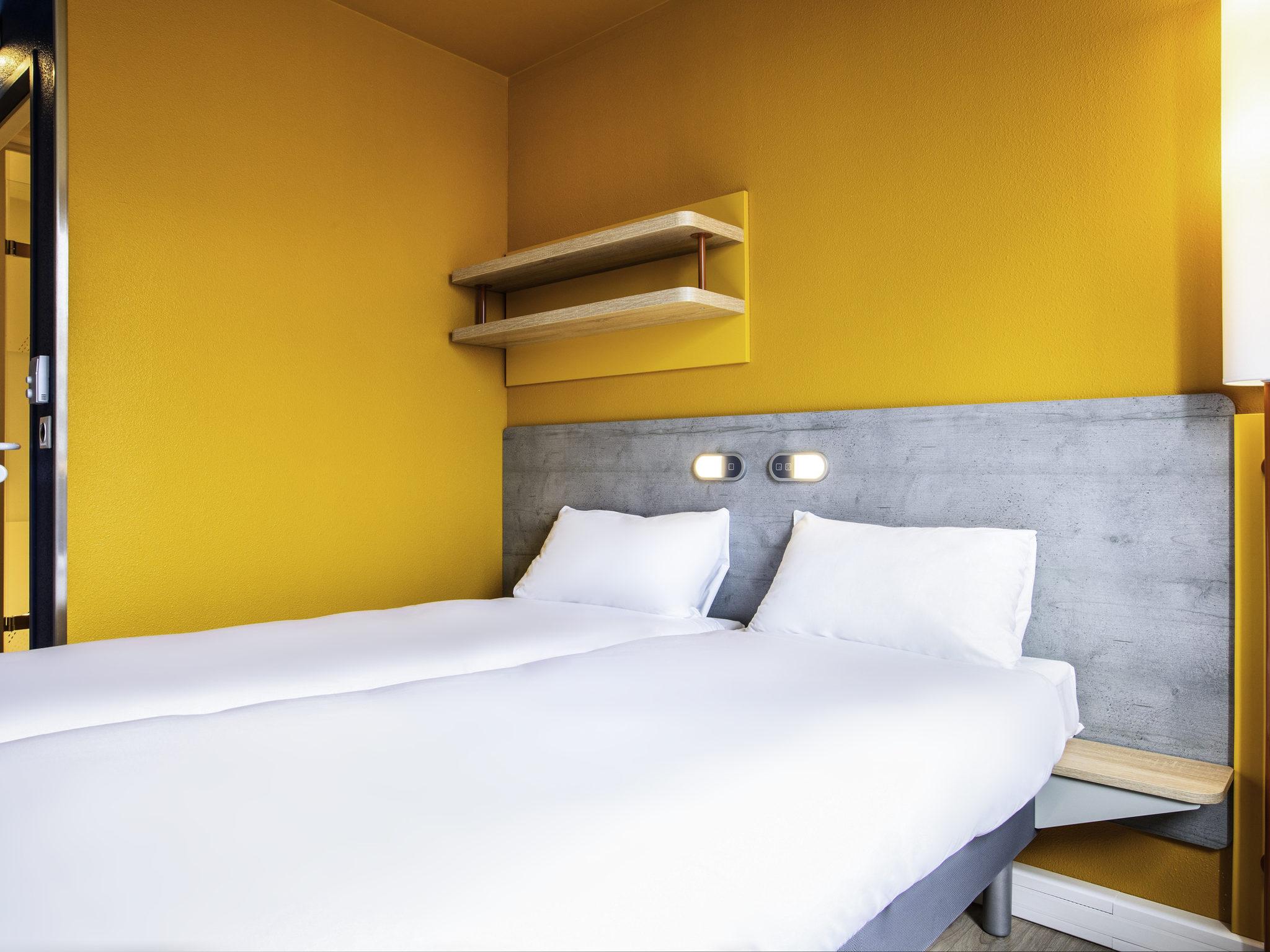Отель — ibis budget Fontainebleau Avon