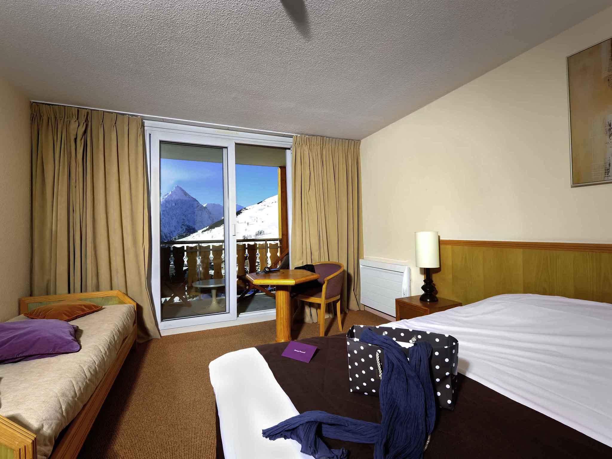 H tel dans les alpes mercure les deux alpes 1800 - Separer une chambre en deux avec une seule fenetre ...