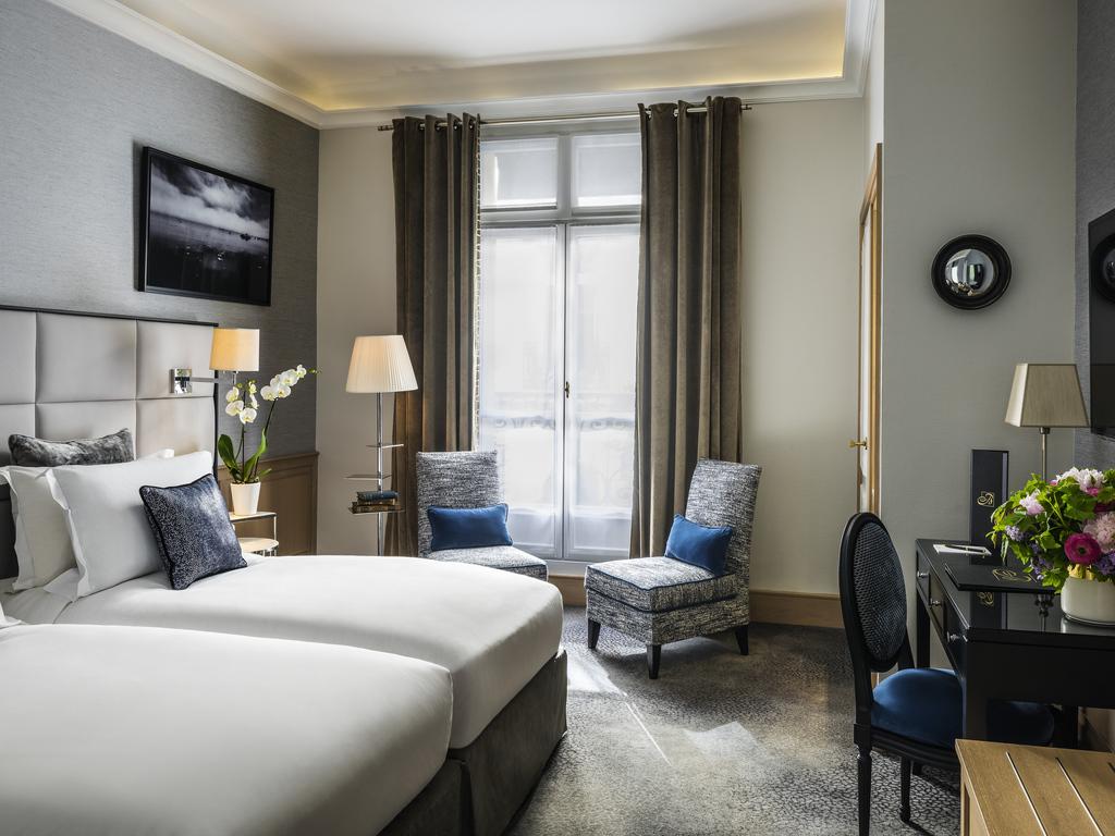 Hotel de luxe paris sofitel paris baltimore tour eiffel for Chambre charme paris