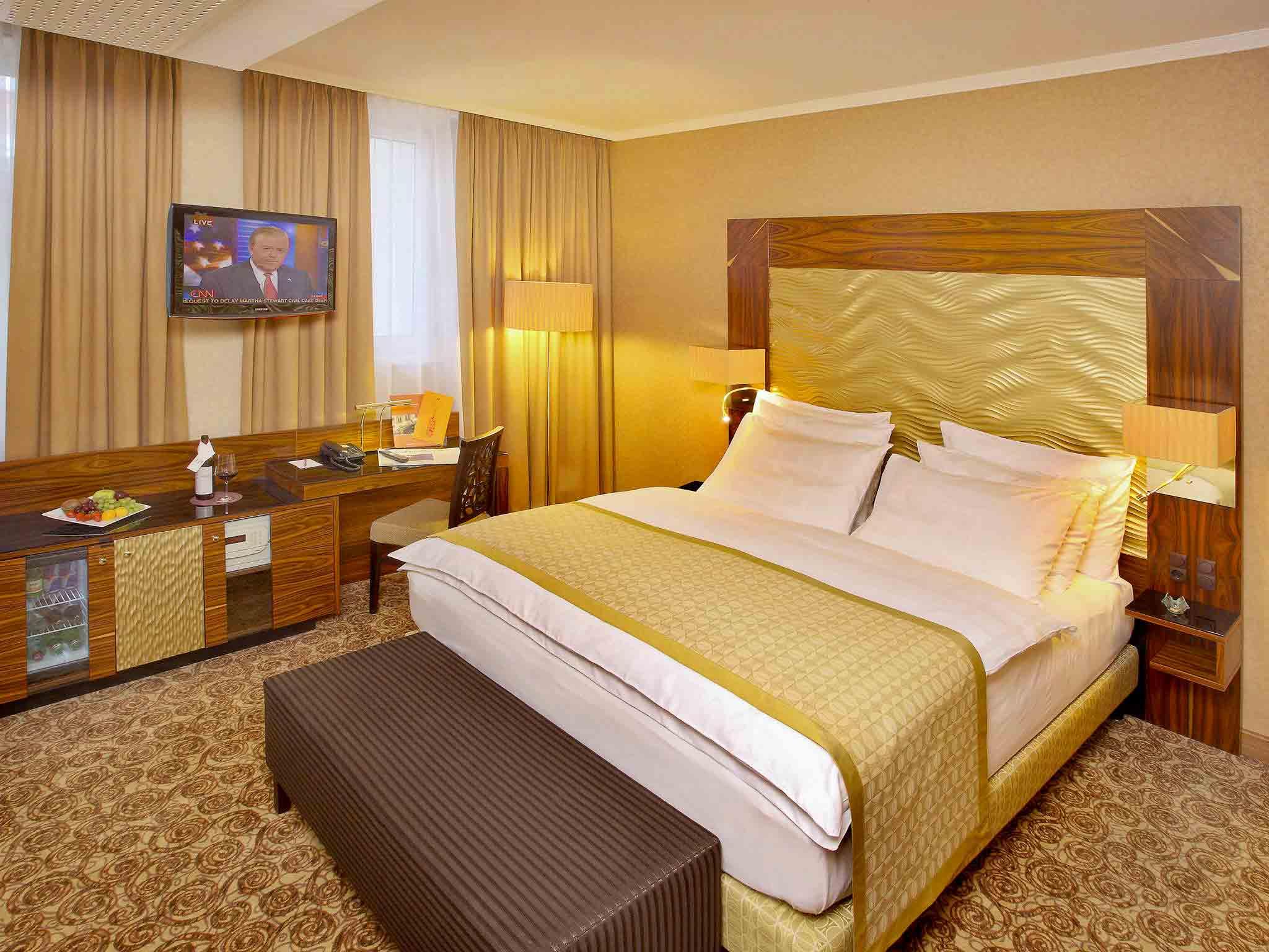 Hotel – Hotel Mercure Josefshof Wien Am Rathaus