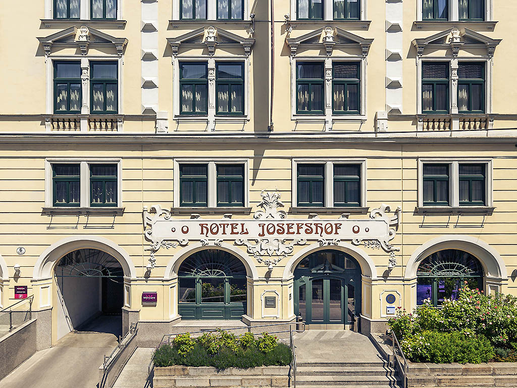 Parliament toerisme wenen viamichelin for Design hotel 1070 wien