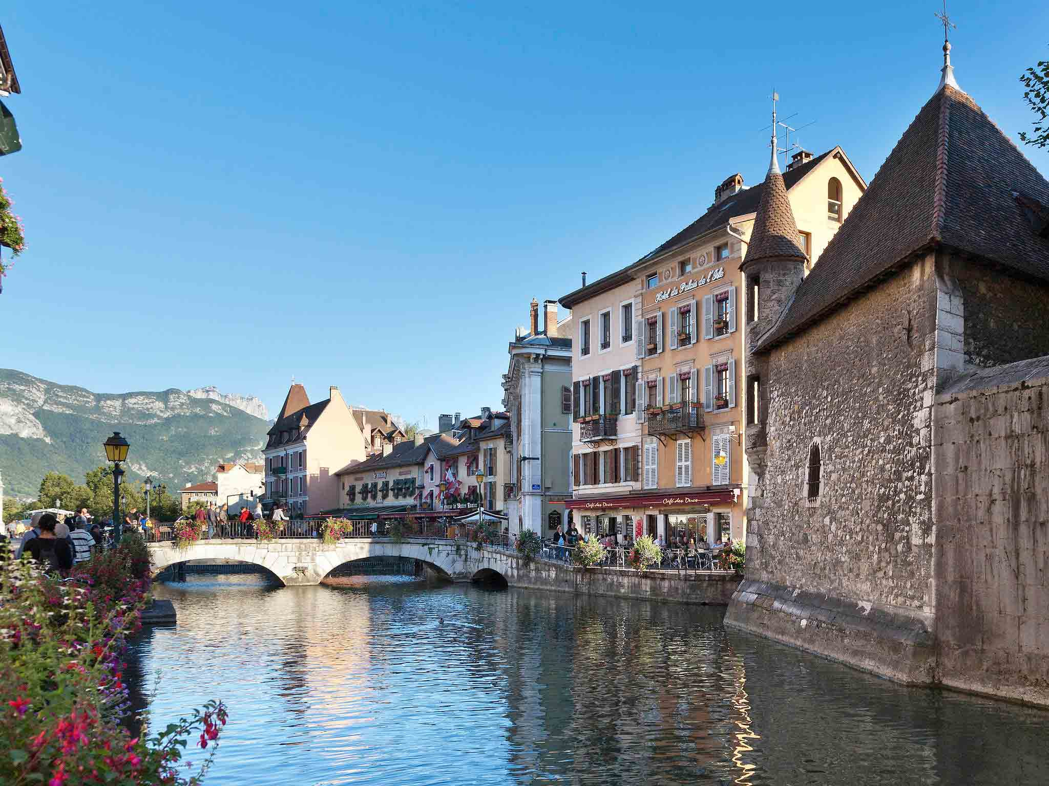 Hotel in ANNECY Mercure Annecy Centre Hotel