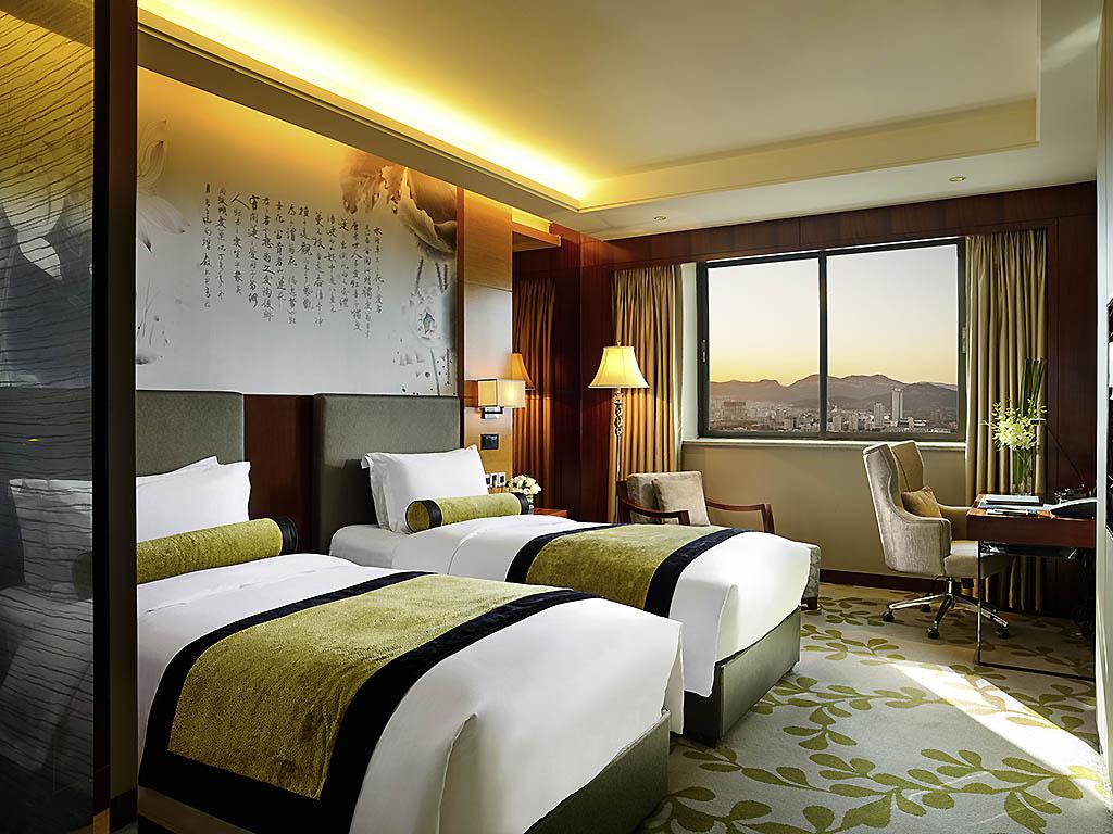 Gästezimmer modern luxus  Luxushotel JINAN – Sofitel Jinan Silver Plaza