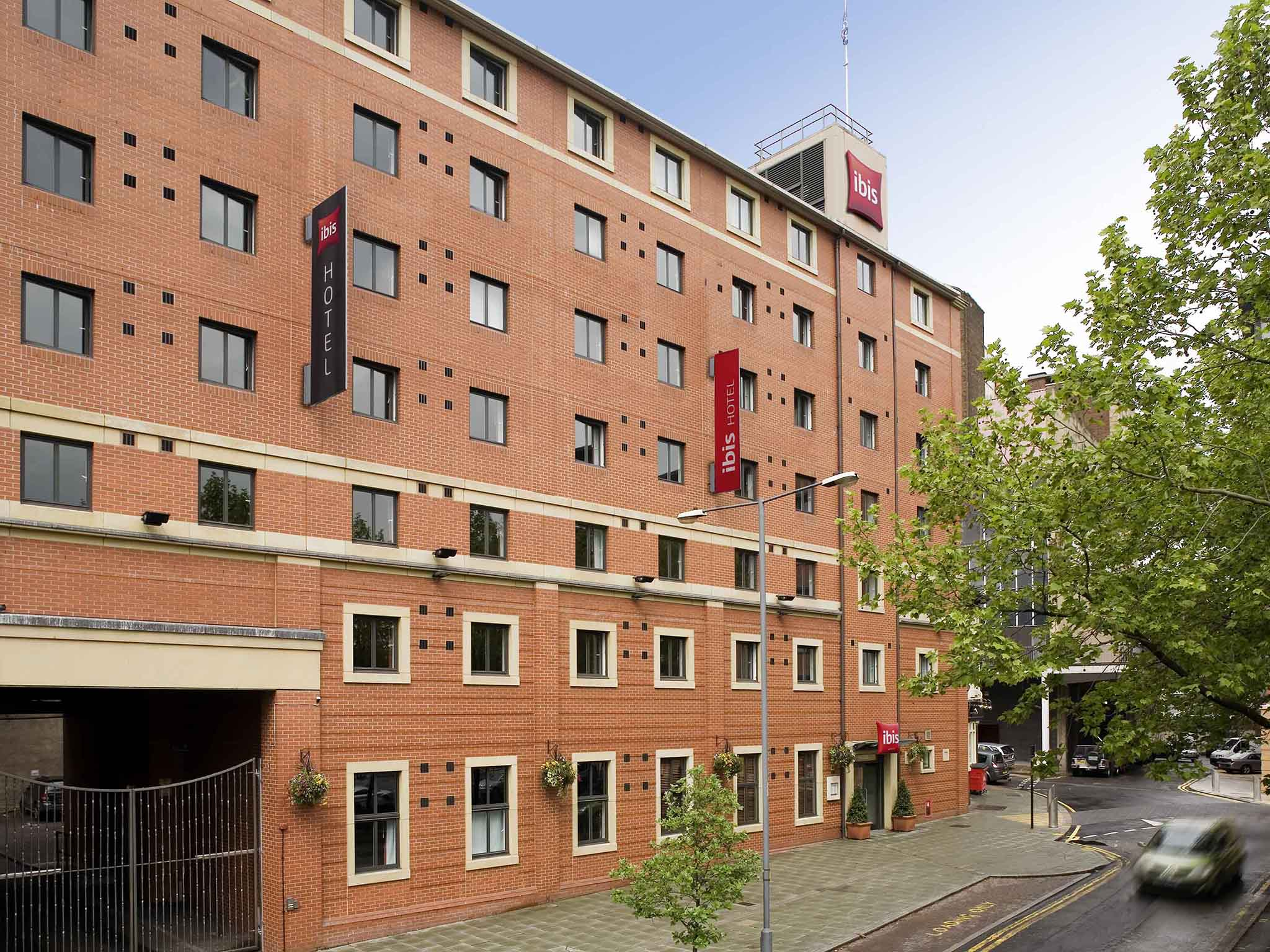 호텔 – ibis Sheffield City