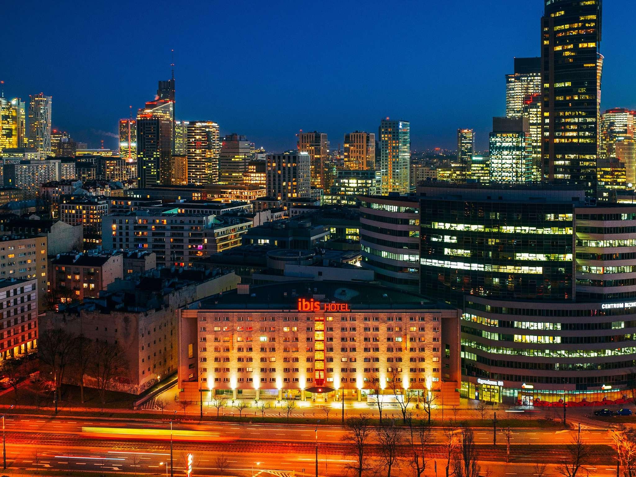 酒店 – 宜必思华沙中心酒店