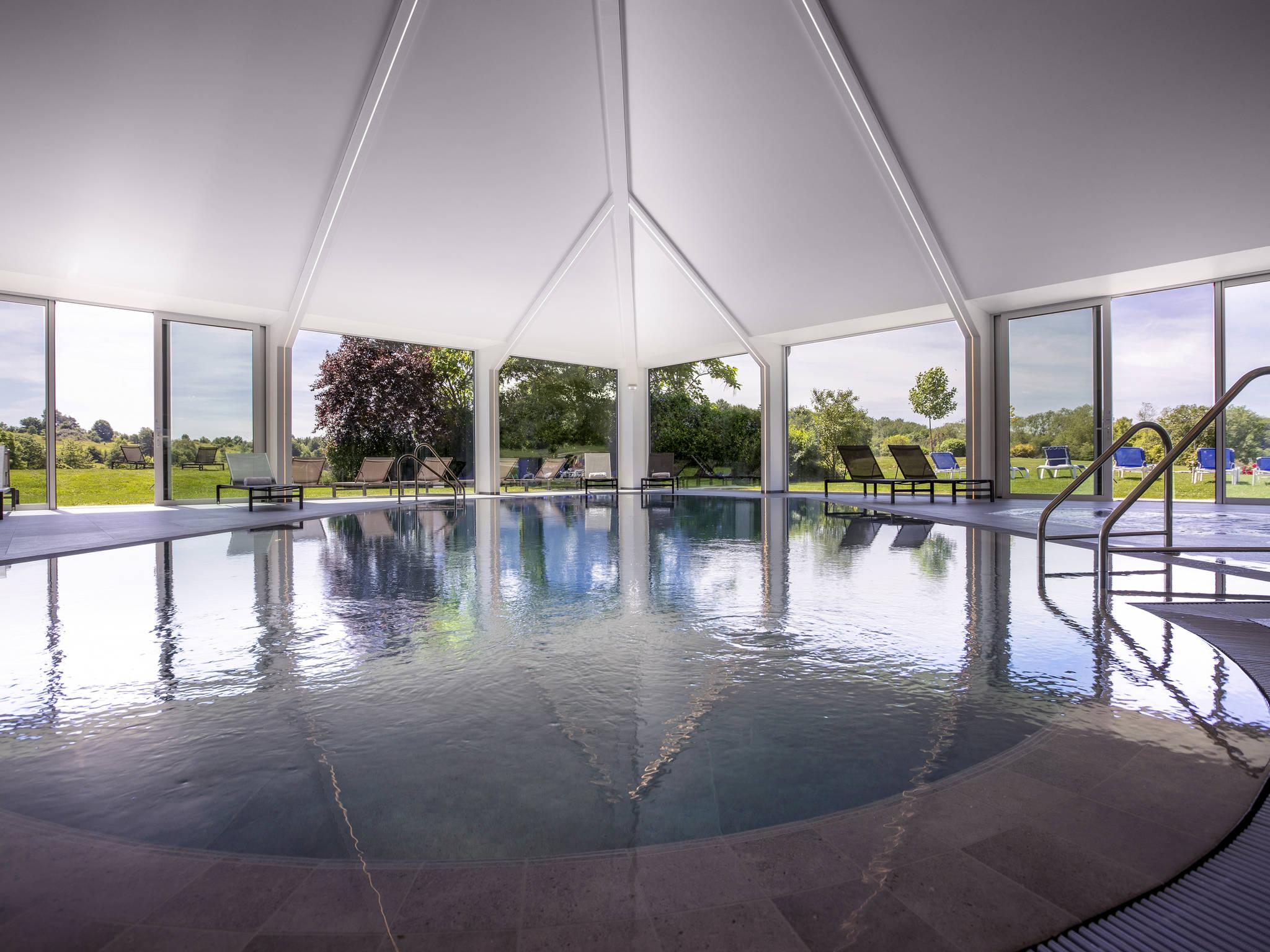 Отель — Hotel Mercure Luxembourg Kikuoka Golf and Spa