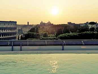 罗马竞技场美居酒店
