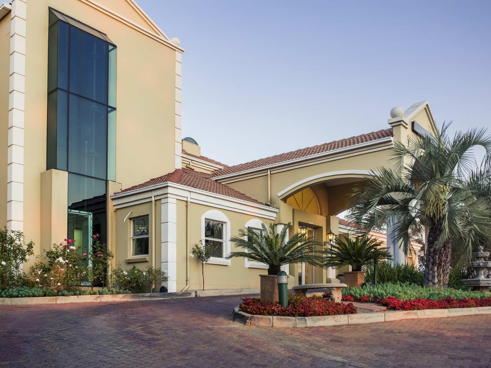 Living Room Johannesburg hotel in joburg - mecure johannesburg midrand - accorhotels