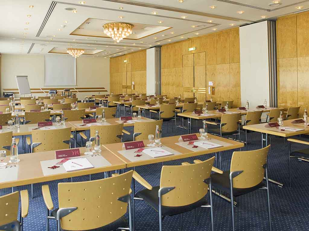 Mercure Hotel Bad Homburg Friedrichsdorf Meeting Room