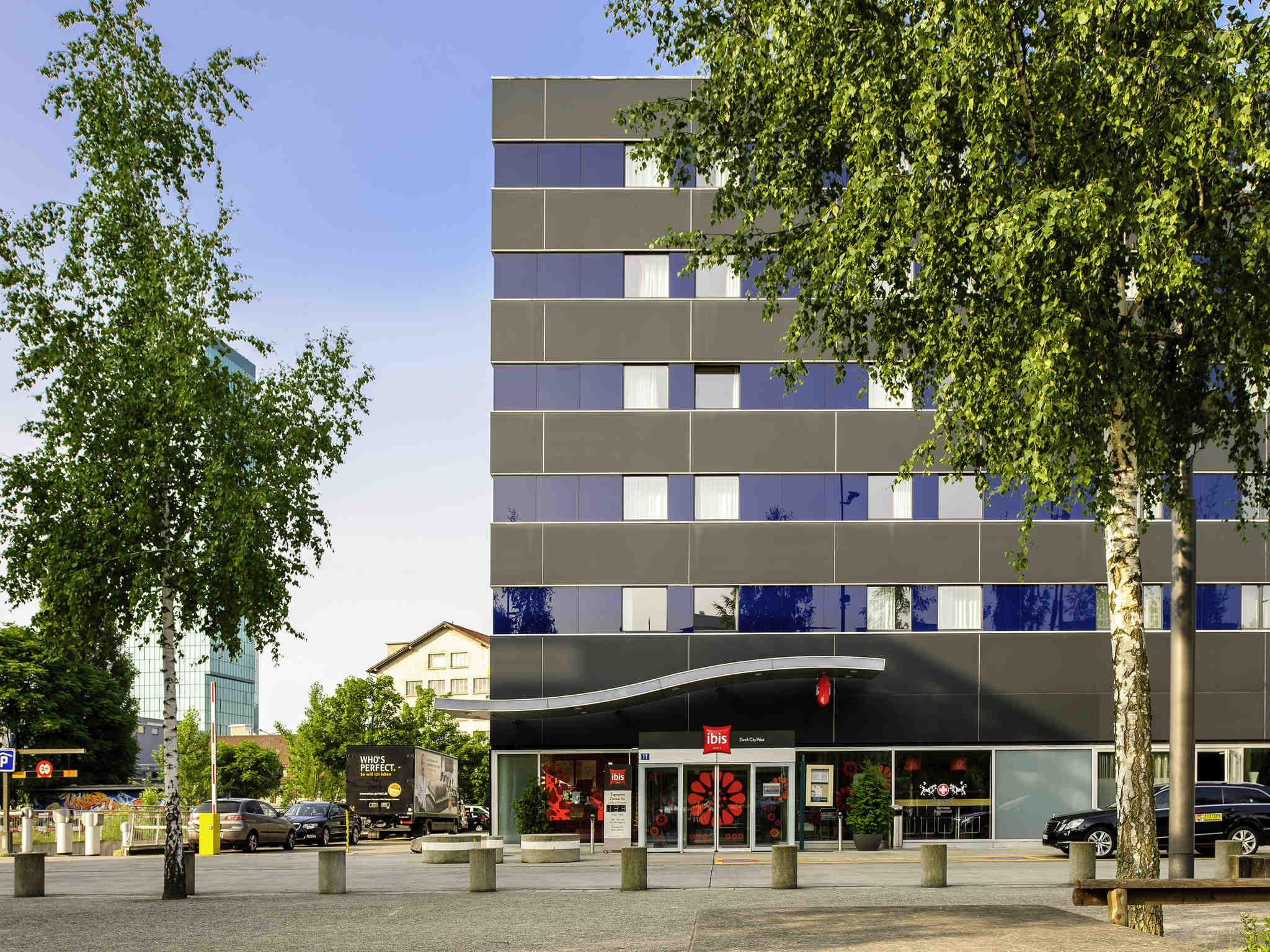 Hotell – ibis Zurich City West