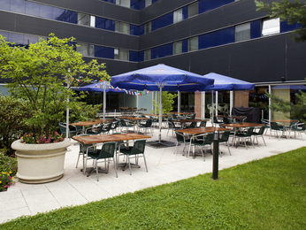 cheap hotel zurich ibis zurich city west. Black Bedroom Furniture Sets. Home Design Ideas