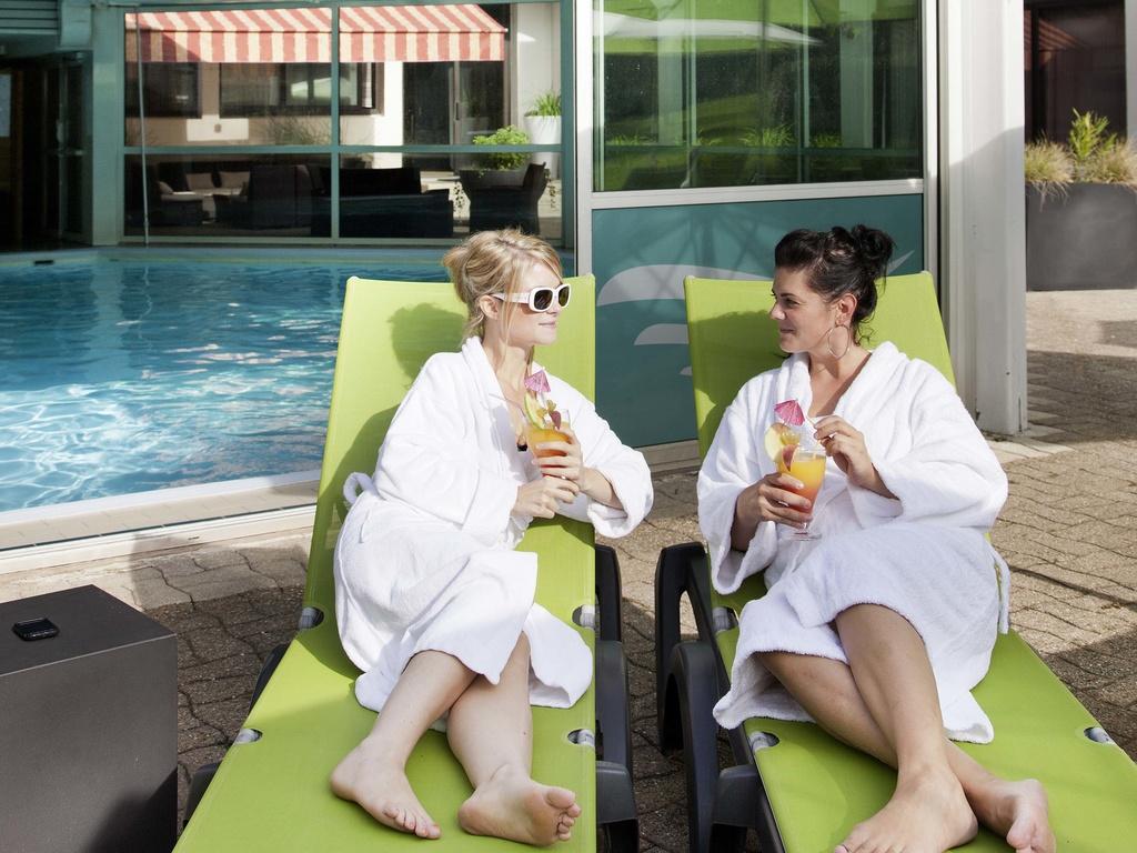 hotel barato aix les bains ibis styles aix les bains domaine de marlioz. Black Bedroom Furniture Sets. Home Design Ideas