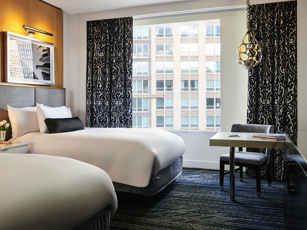 Hotel in chicago sofitel chicago magnificent mile for Rooms in chicago
