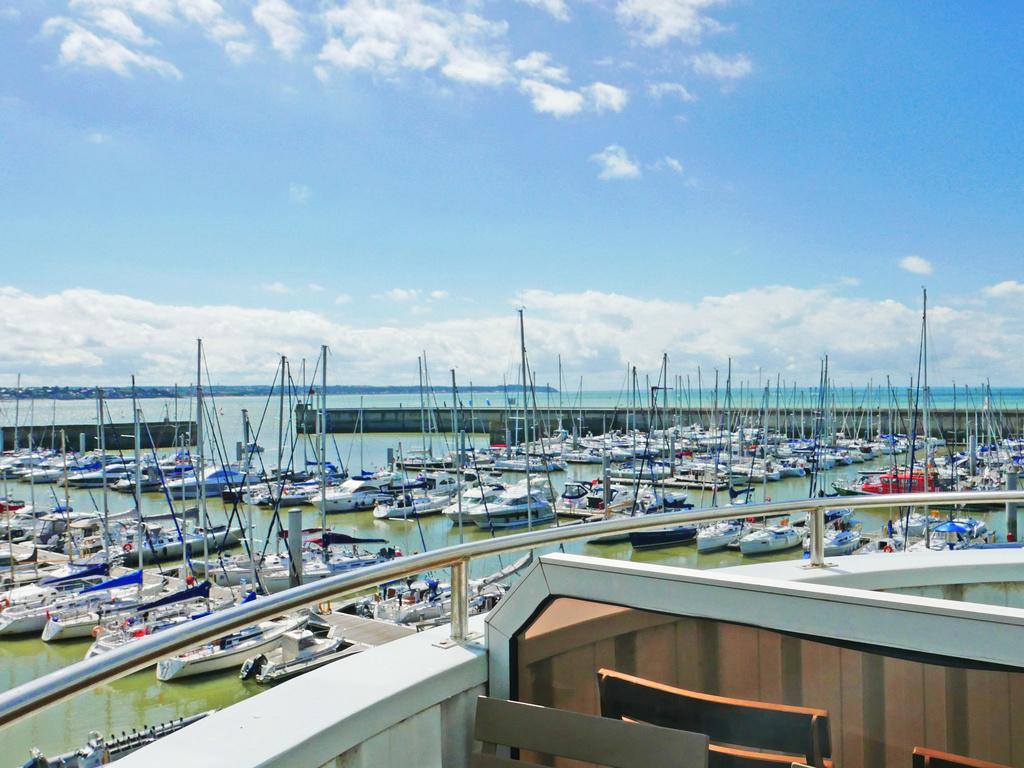 Cheap hotel granville ibis granville port de plaisance - Port de plaisance de boulogne sur mer ...