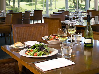 Restaurant - Novotel Coffs Harbour Pacific Bay Resort