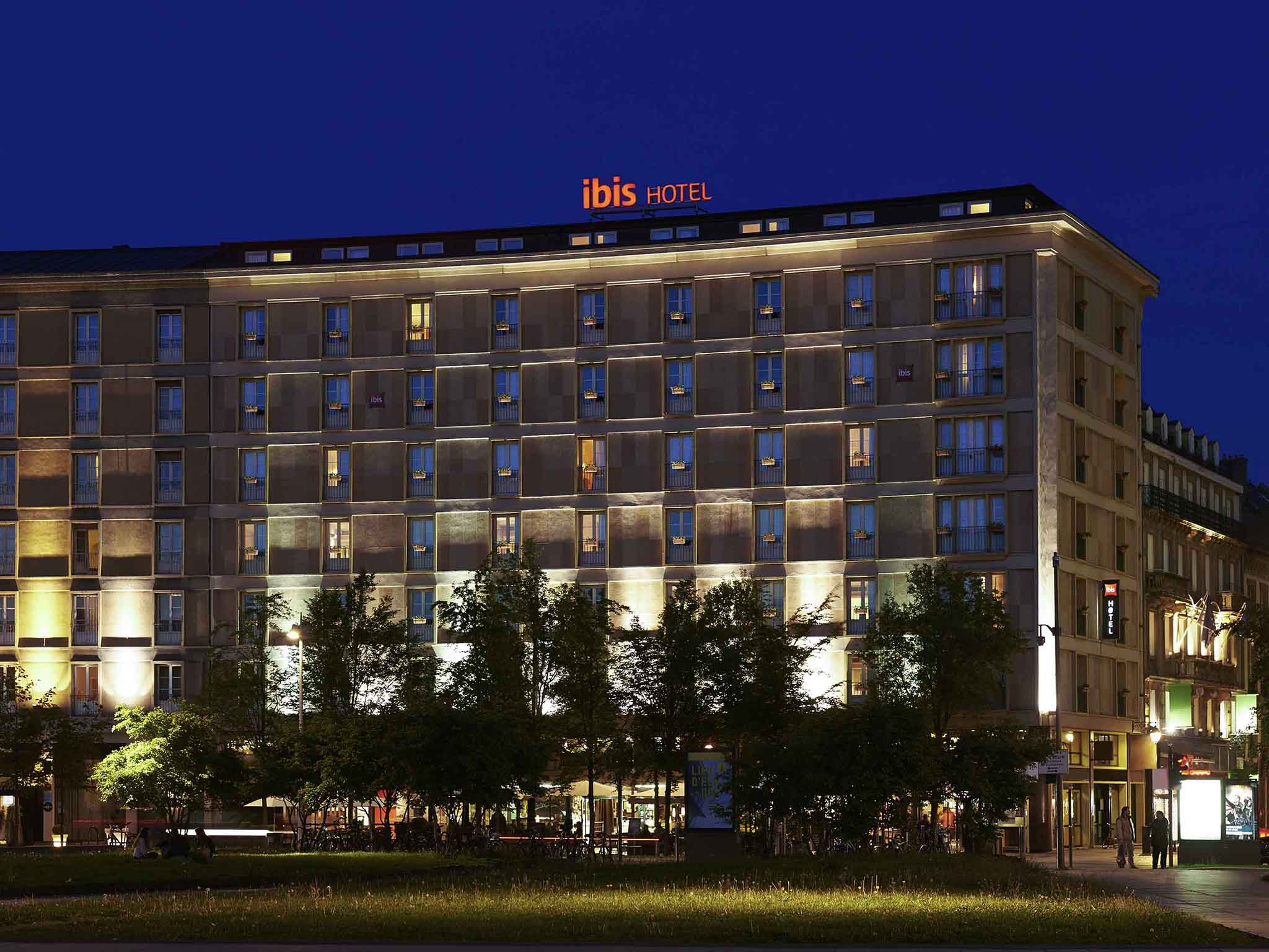 hotel in strasbourg ibis strasbourg centre gare. Black Bedroom Furniture Sets. Home Design Ideas