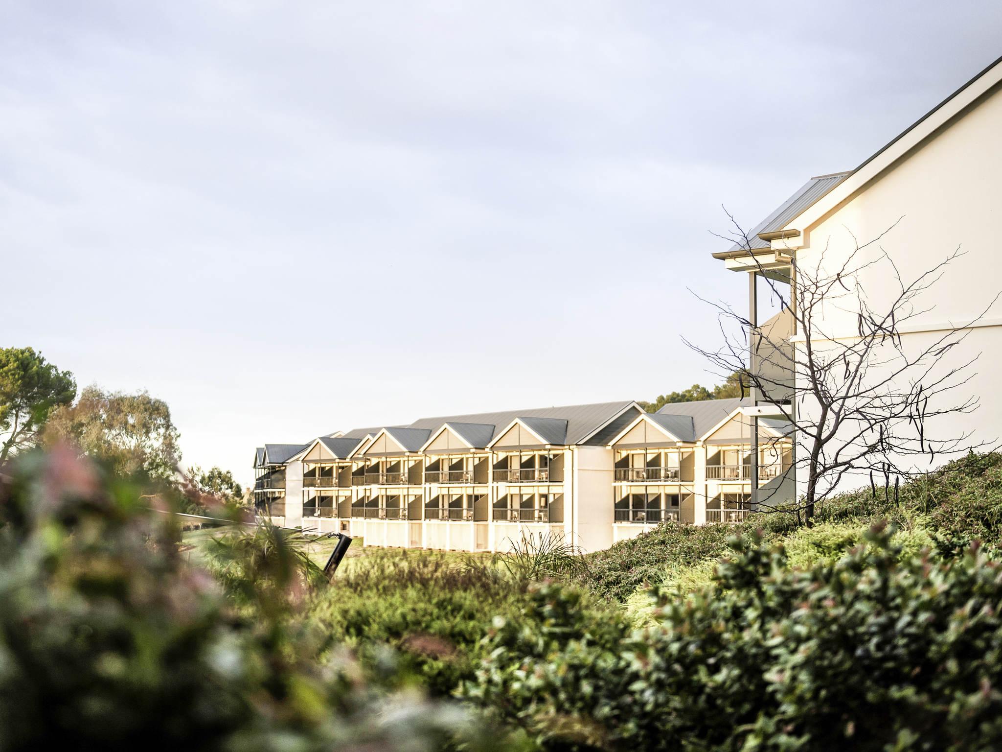 โรงแรม – Novotel Barossa Valley Resort