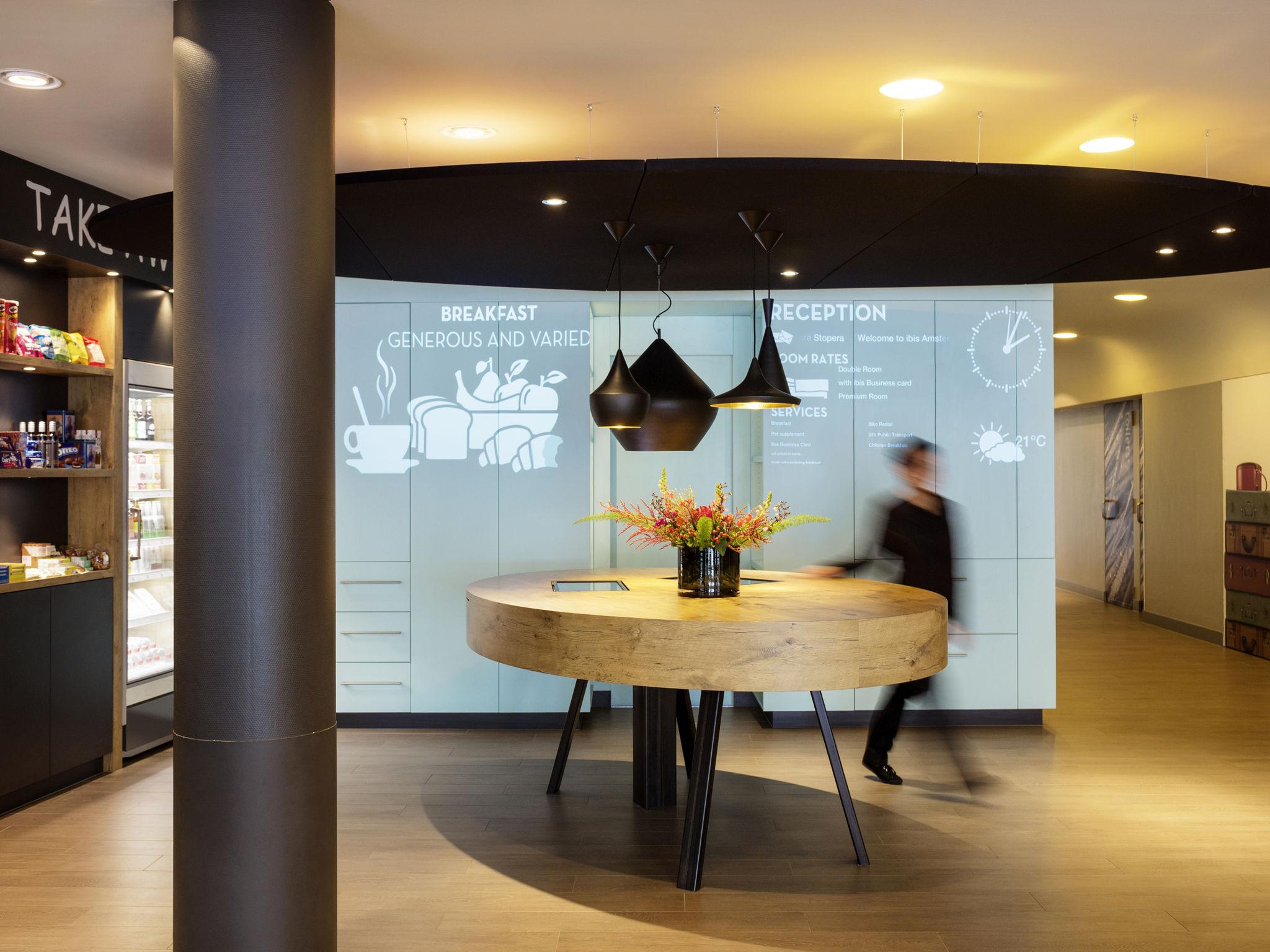 Отель — ibis Амстердам Центр Стопера