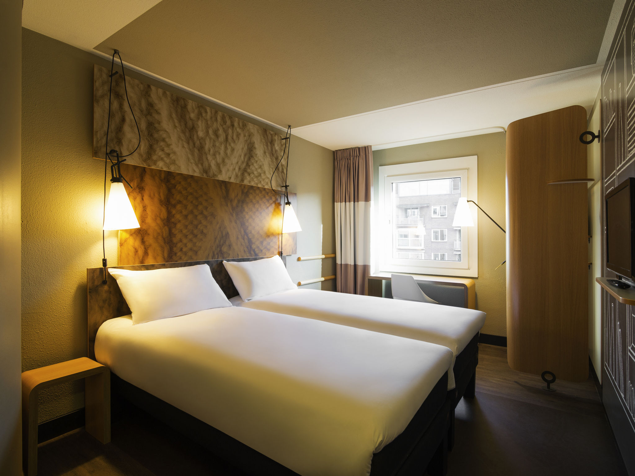 โรงแรม – ไอบิส อัมสเตอร์ดัม เซ็นเตอร์ สโตเปร่า