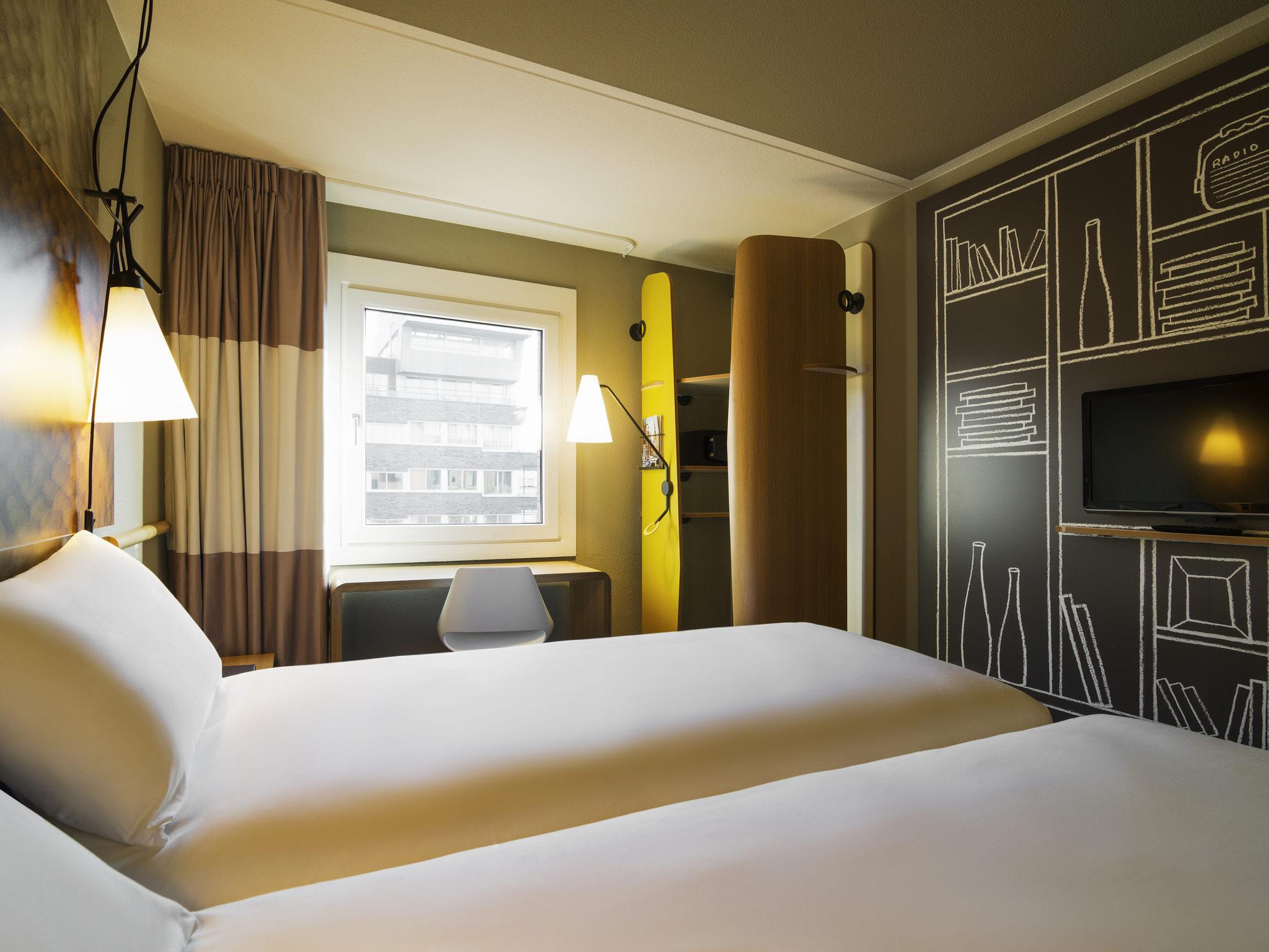 Cheap Hotel Amsterdam Stopera Ibis In The City Centre