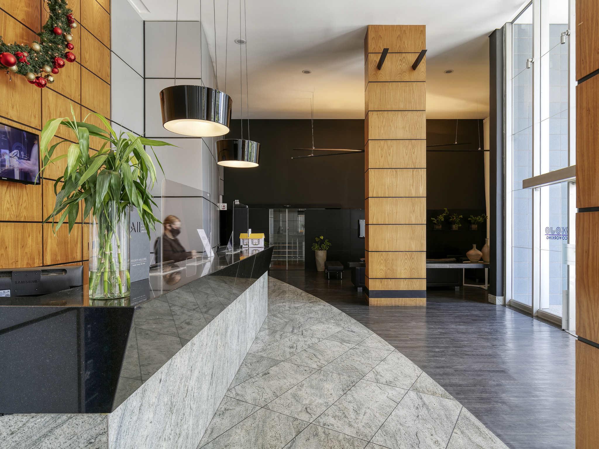 Отель — Mercure Belo Horizonte Savassi Hotel