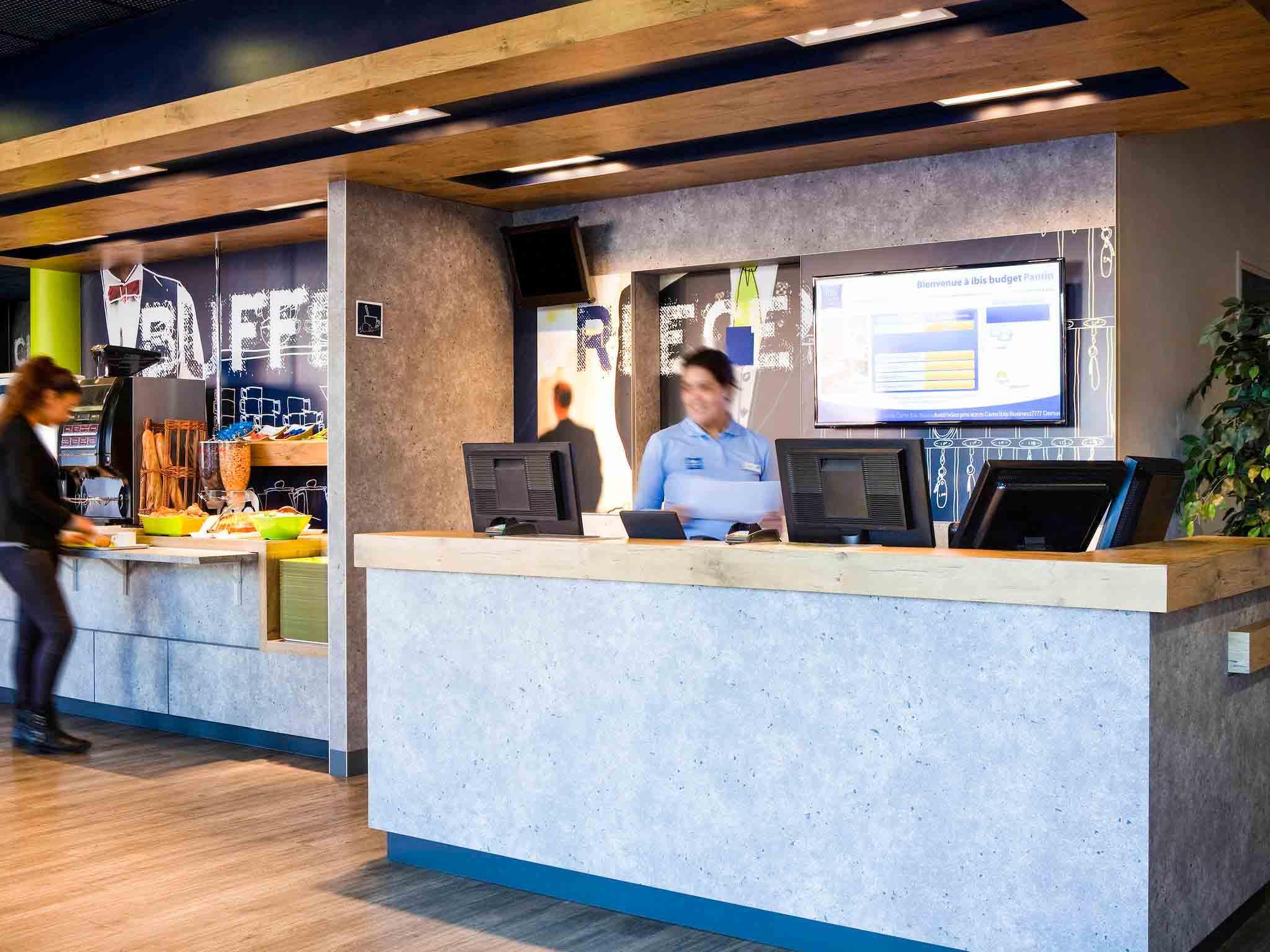 Hotel in pantin ibis budget paris porte de pantin - Station service porte de pantin ...