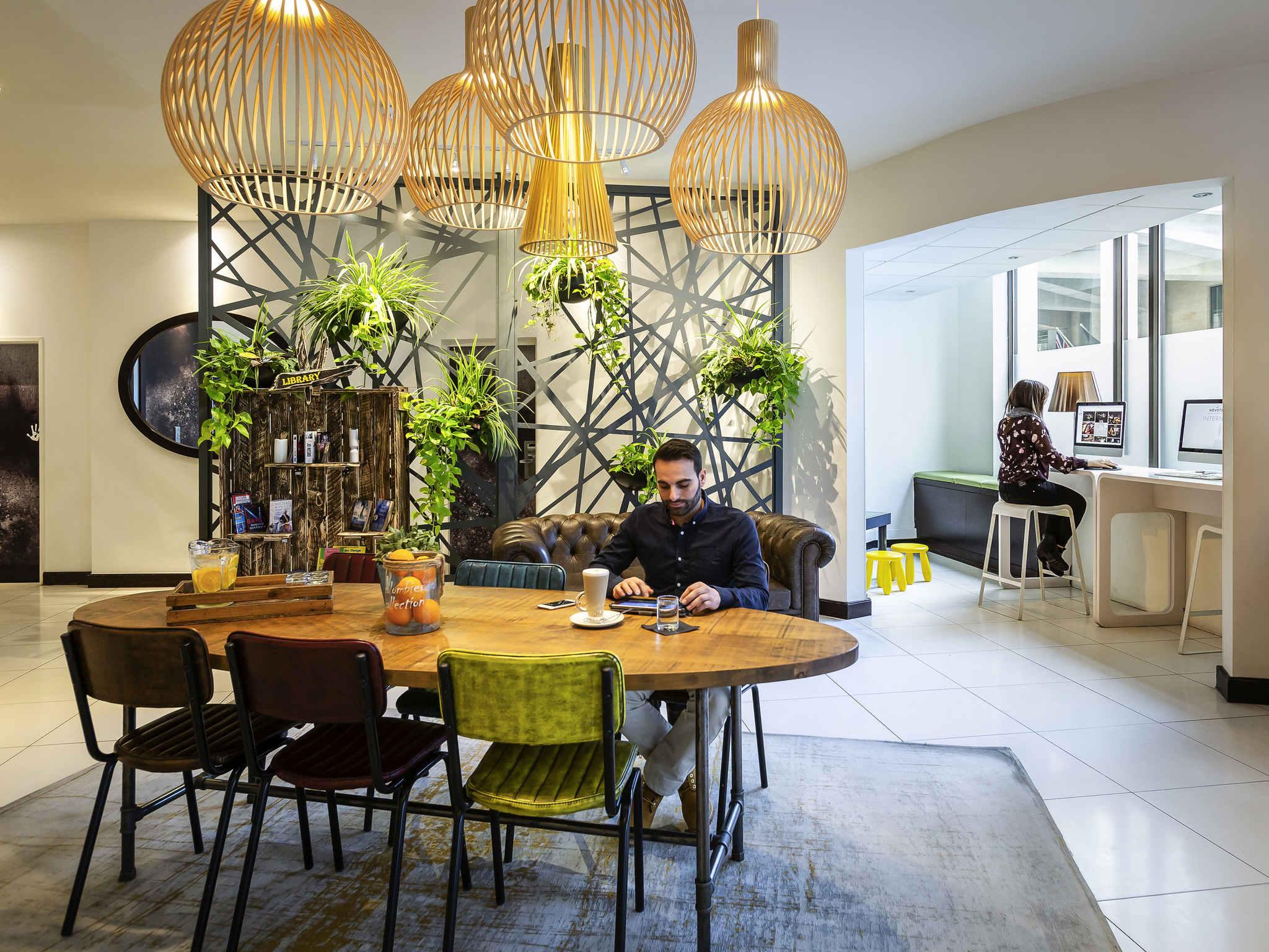 โรงแรม – โนโวเทล ลอนดอน ทาวเวอร์บริดจ์