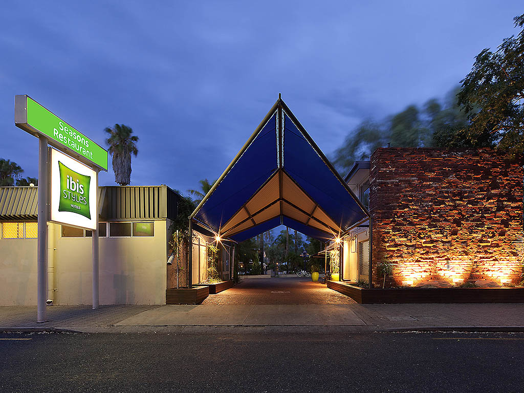 Seasons Restaurant Alice Springs Restaurants By Accorhotels
