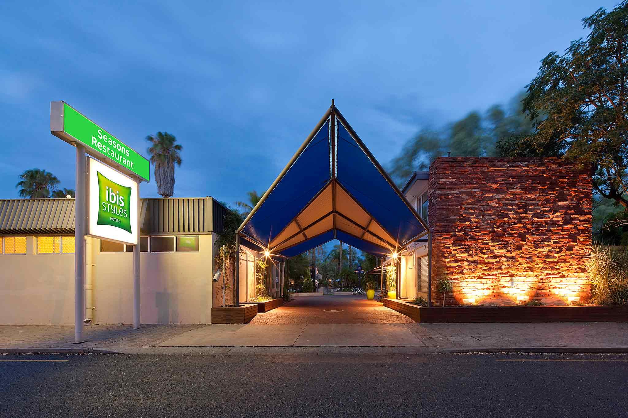 Отель — ibis Styles Alice Springs Oasis