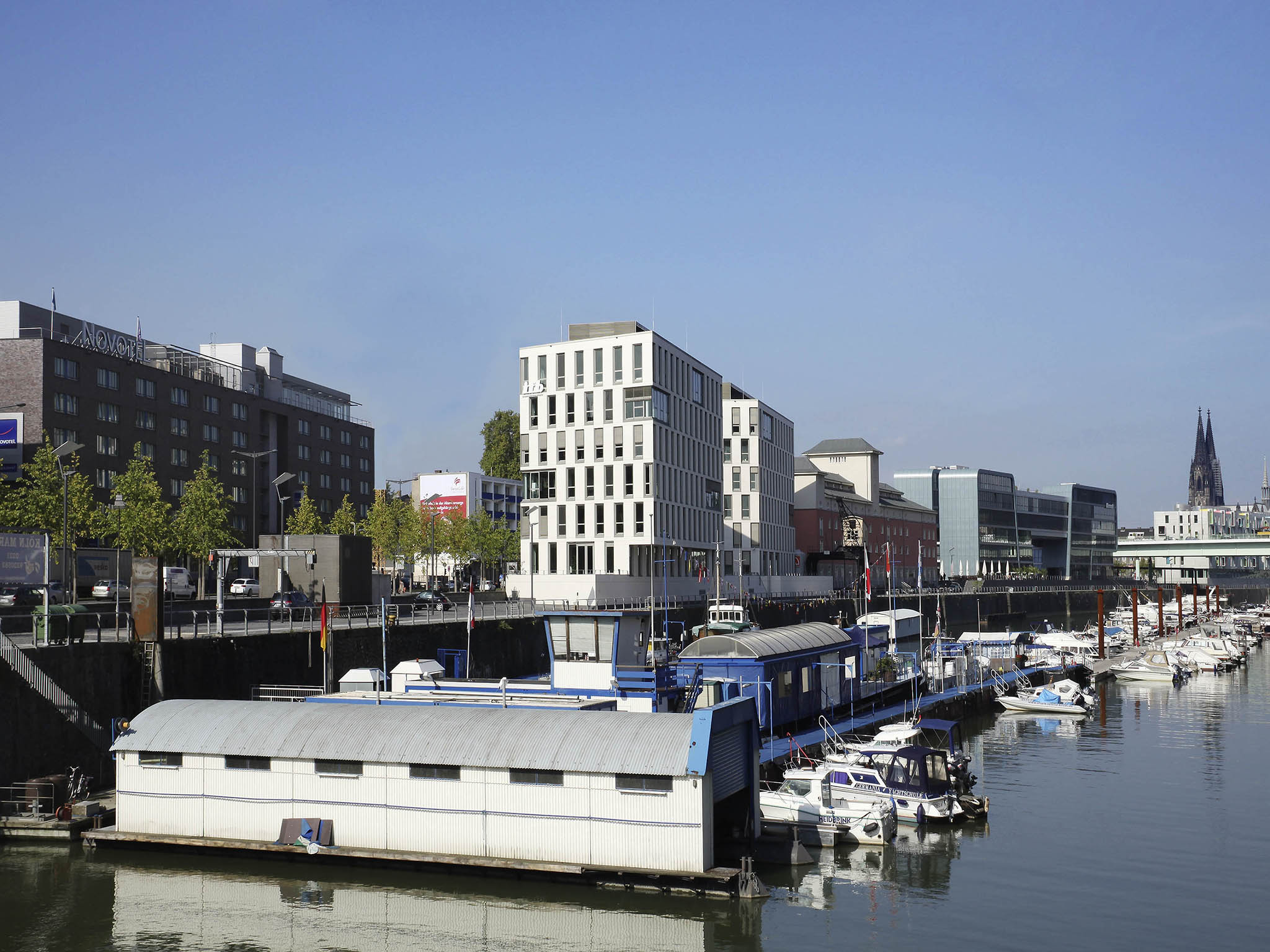 Adagio Koln City Aparthotel Hotel Novotel Cologne City Book Online Now Sauna