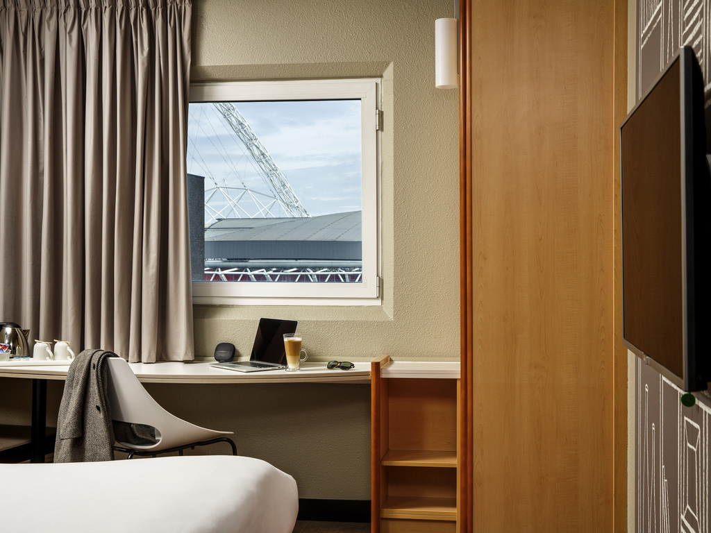 Hotel en londres ibis londres wembley for Hotel adagio londres