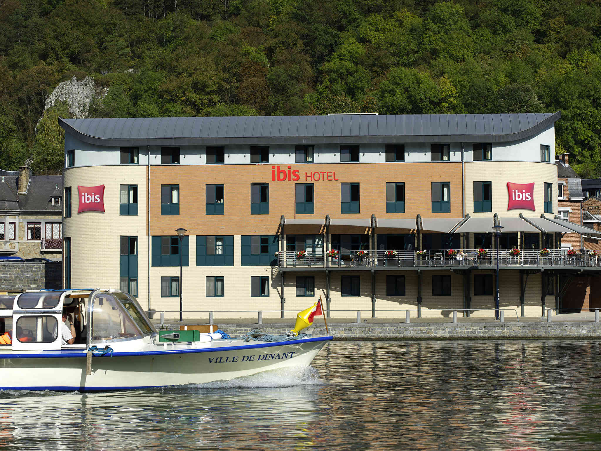 Hotell – ibis Dinant Centre