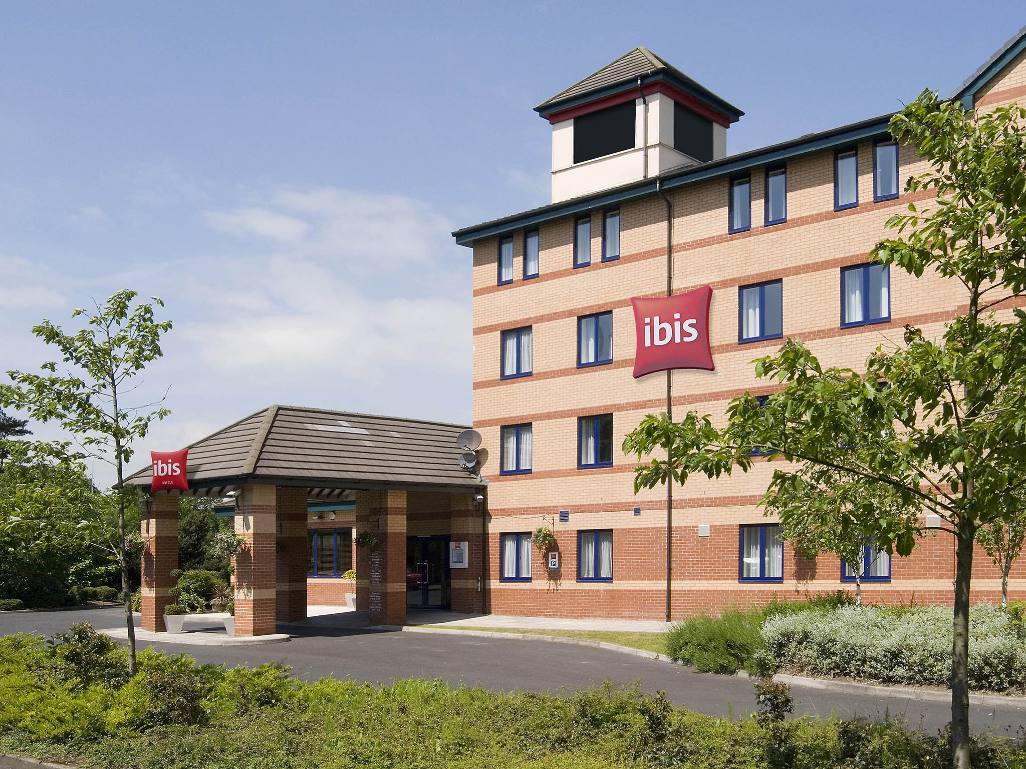 Отель — ibis Preston North