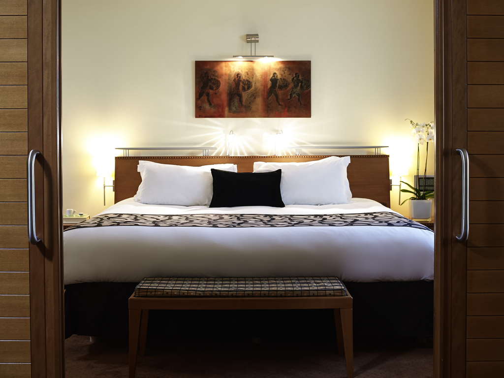 Luxury Hotel Spata Sofitel Athens Airport Esprit Sheet Set Geo Astec King Size Junior Suite Club Millsime Access 1 Bed Living Room Floors 6 View