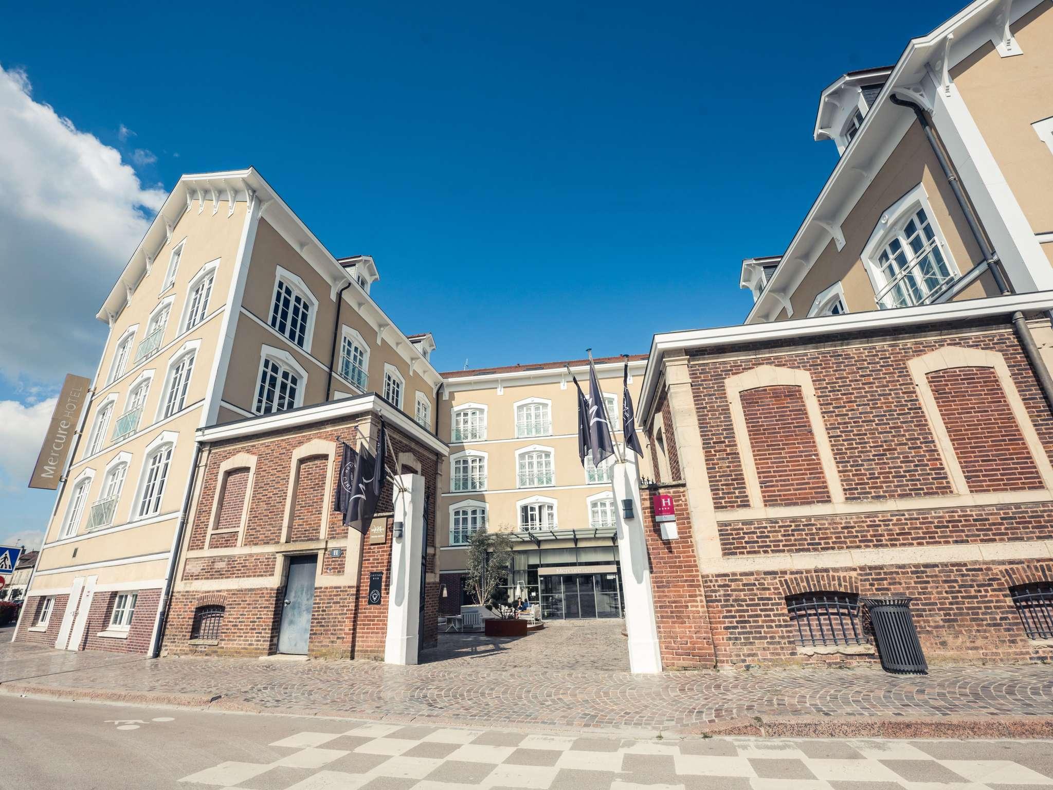 โรงแรม – Hôtel Mercure Troyes Centre