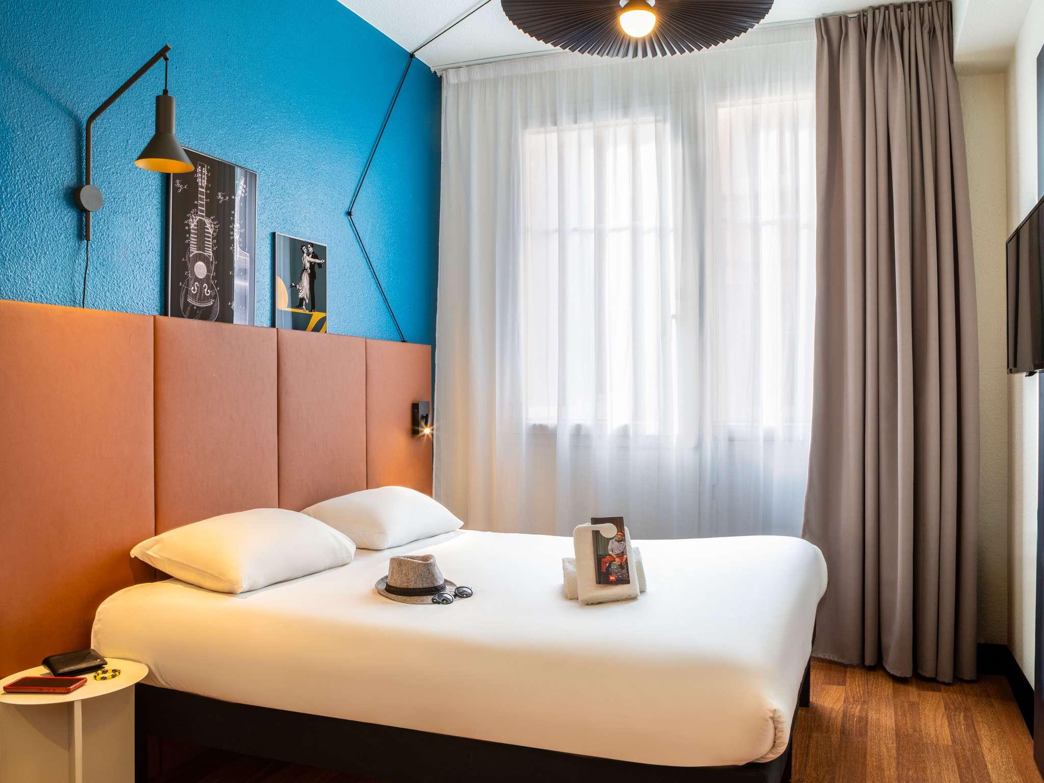 โรงแรม – ไอบิส ปารีส โอร์นาโน มงมาทร์ นอร์ 18เอเม่