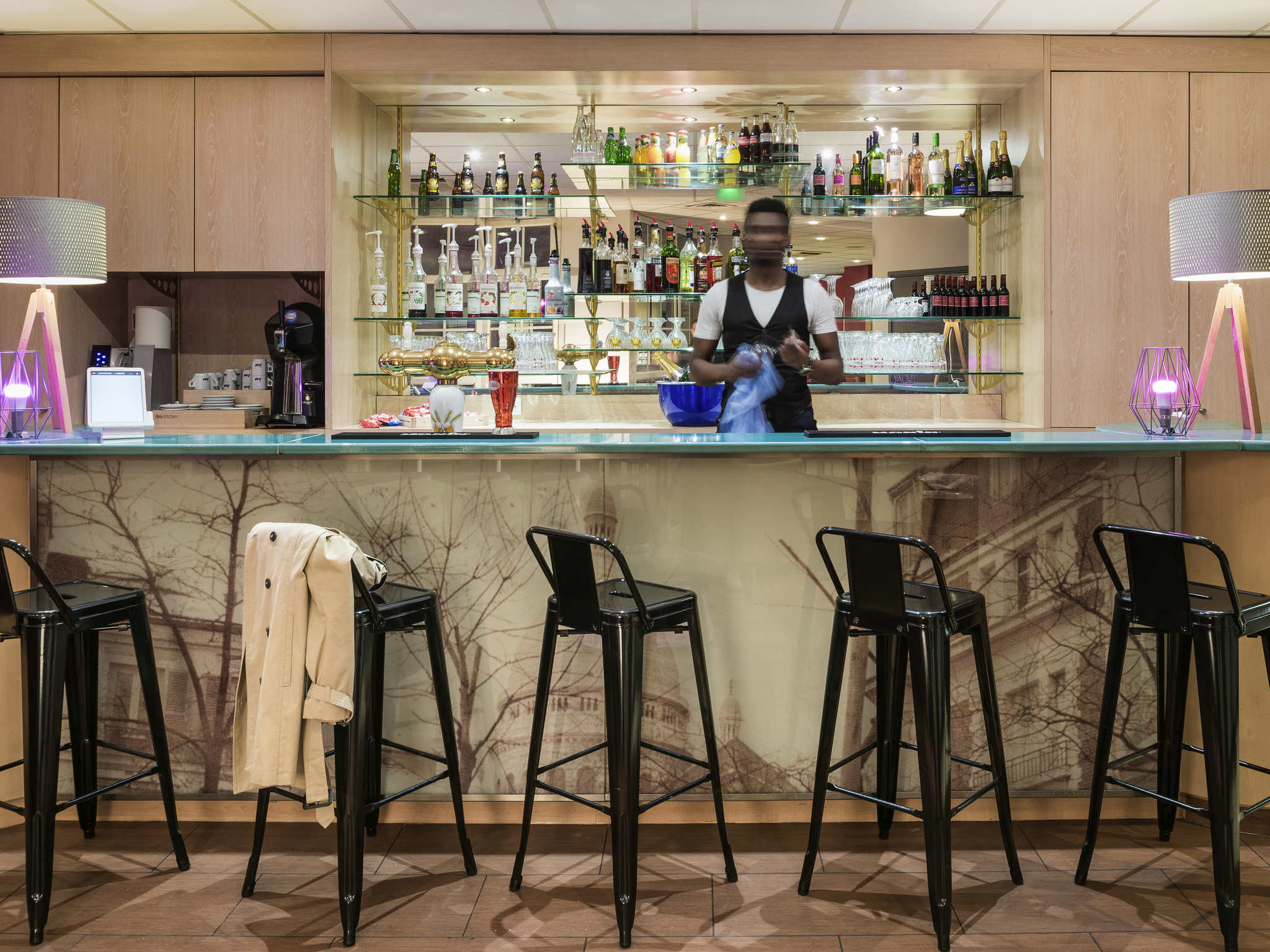Отель — IBIS Париж Орнано Монмартр Норд 18 округ
