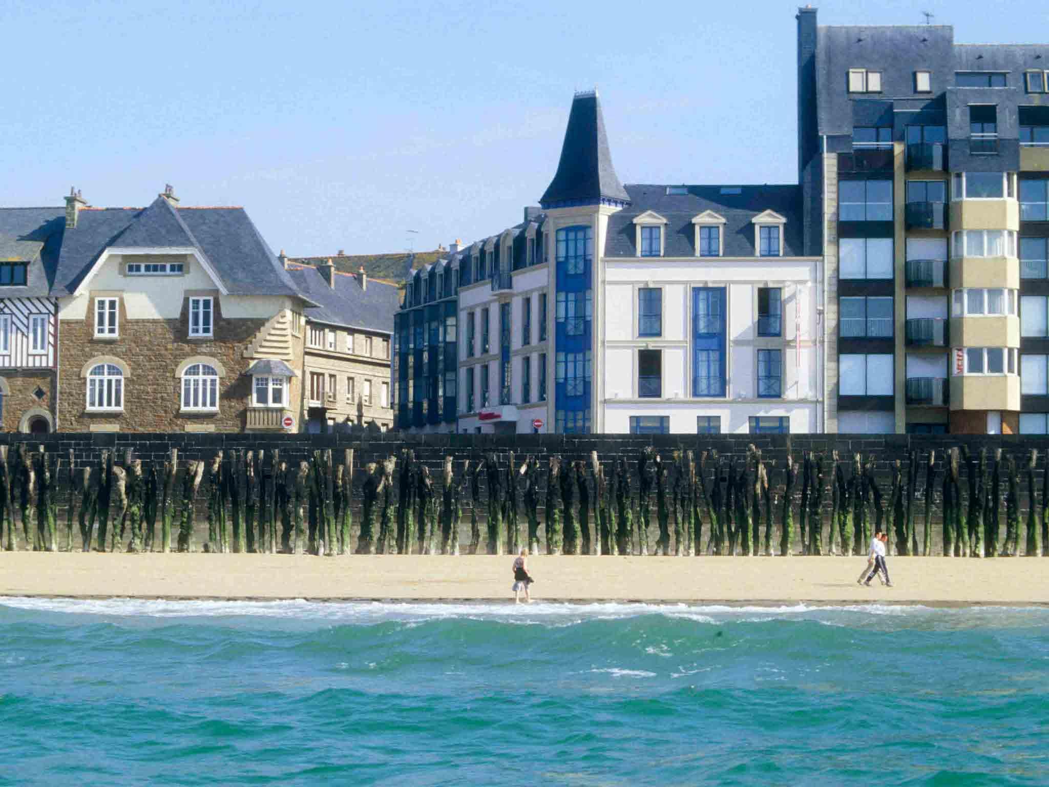 โรงแรม – Hôtel Mercure Saint-Malo Front de Mer