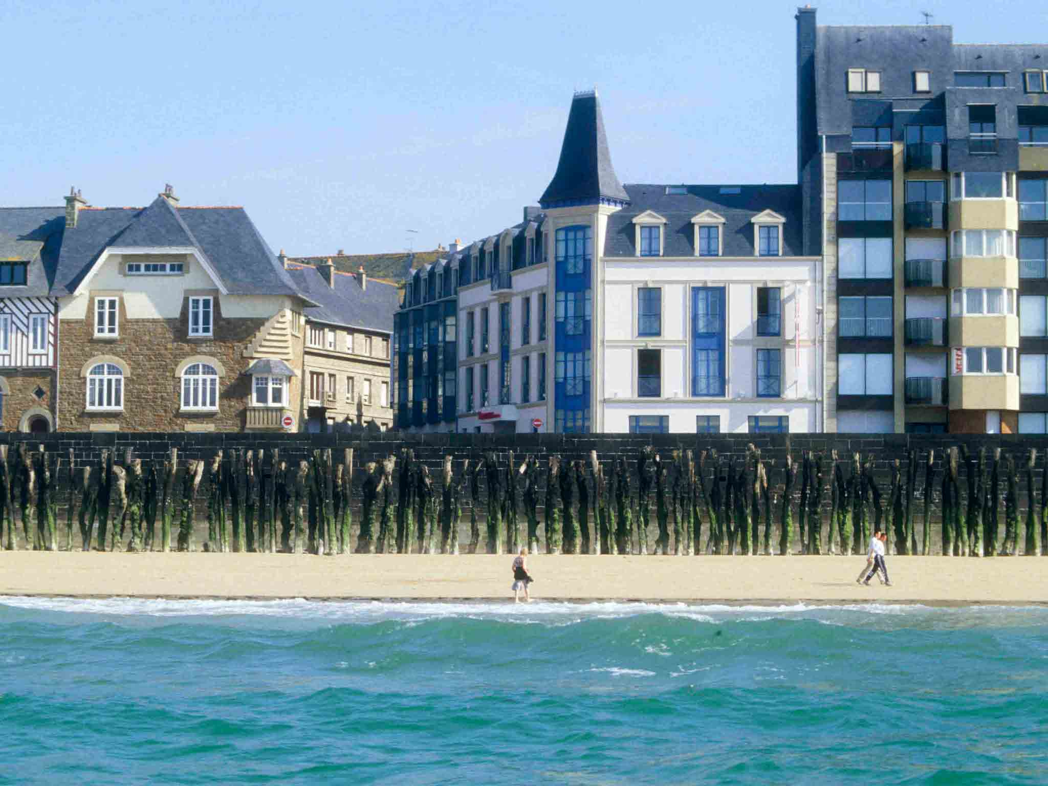 Отель — Hôtel Mercure Saint-Malo Front de Mer