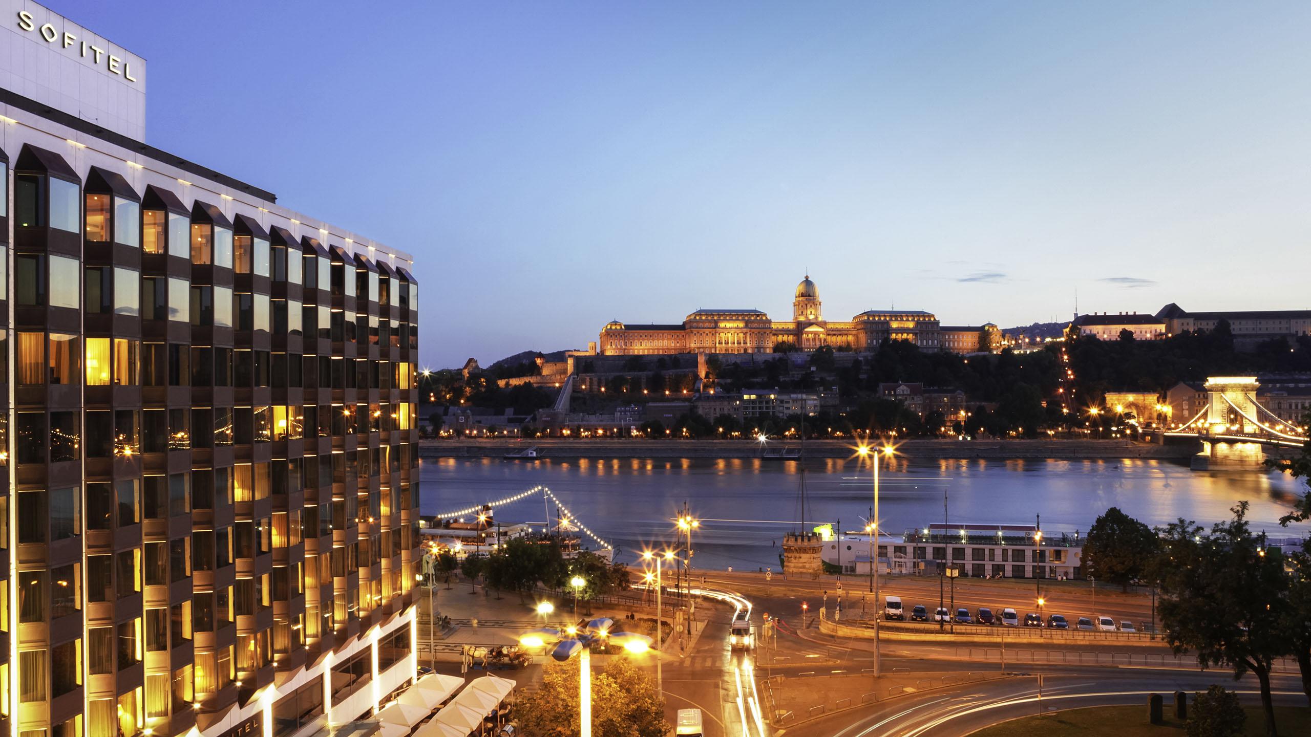 Luxury Hotel Budapest Sofitel Budapest Chain Bridge