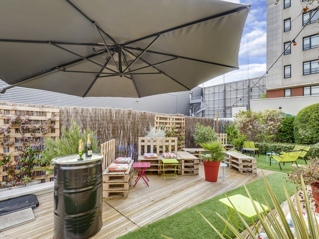 hotel paris novotel suites paris montreuil vincennes. Black Bedroom Furniture Sets. Home Design Ideas