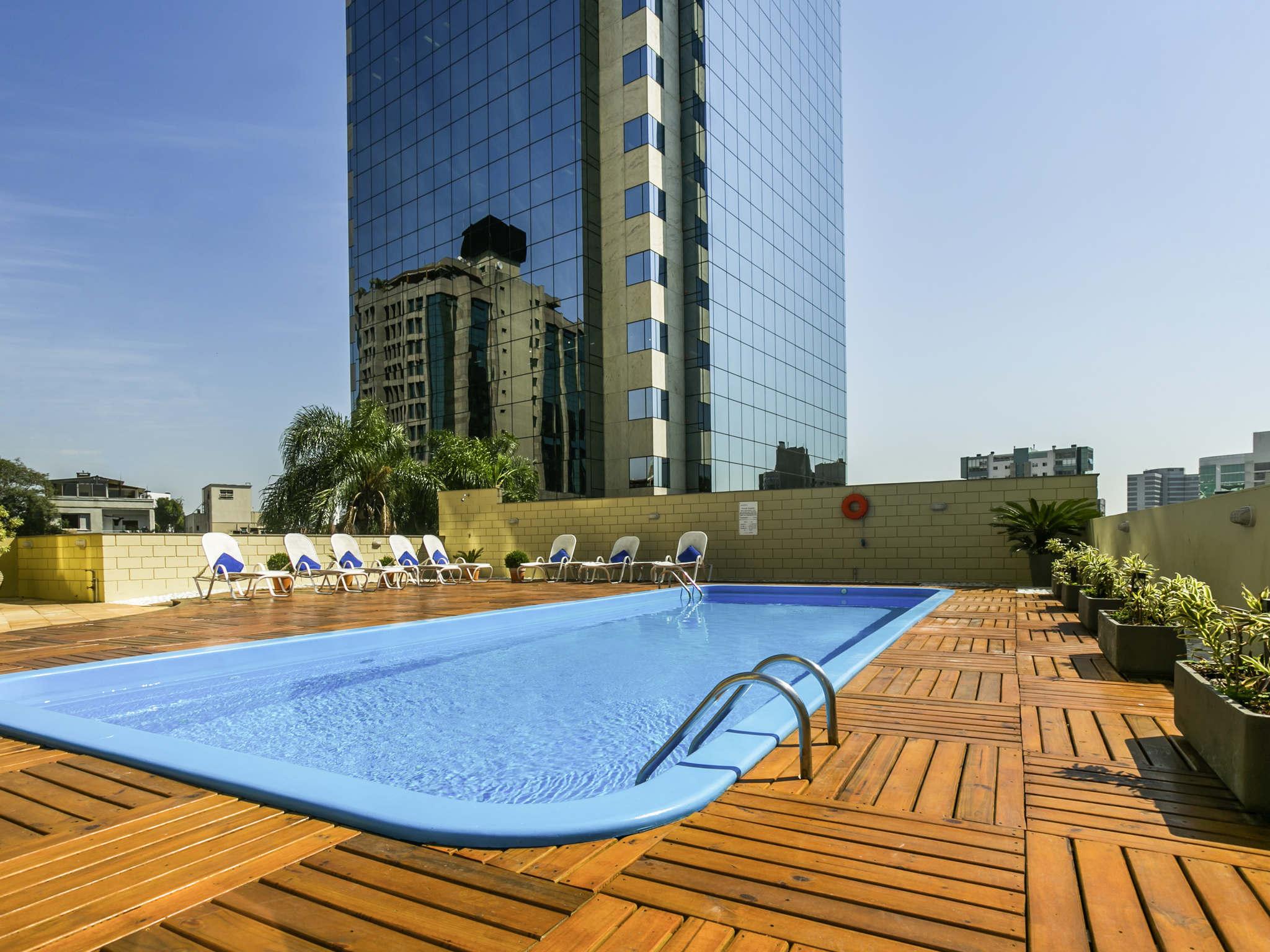 Отель — Novotel Порту-Алегри Трес Фиджерас