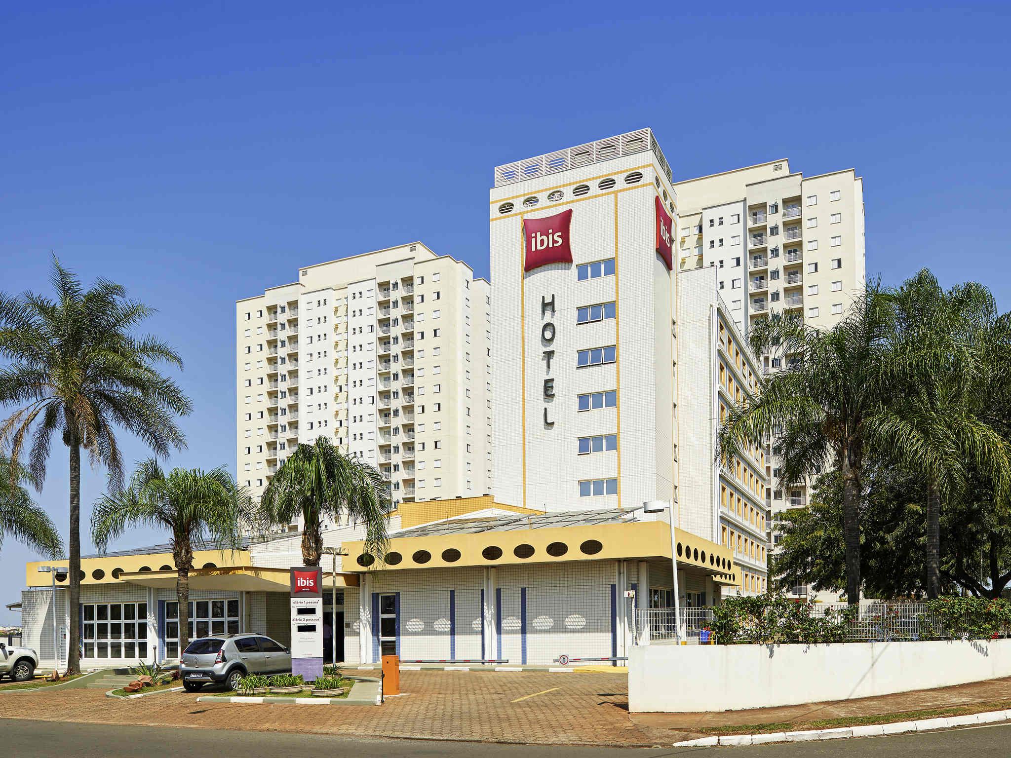 โรงแรม – ibis São Carlos