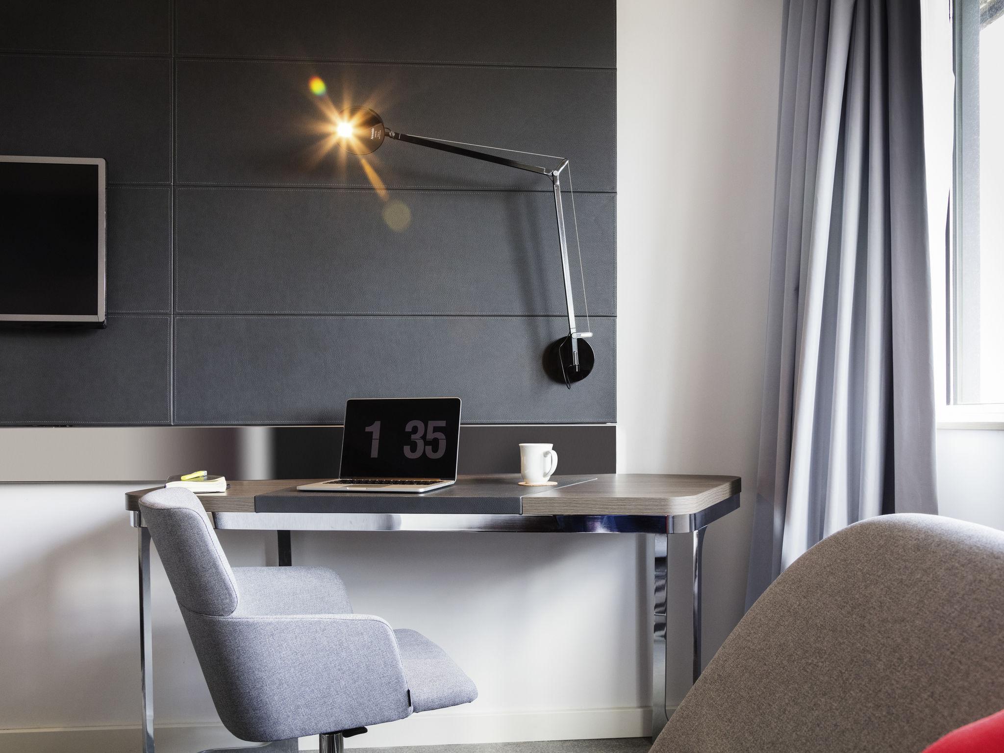 ... Rooms - Novotel Edinburgh Centre ...
