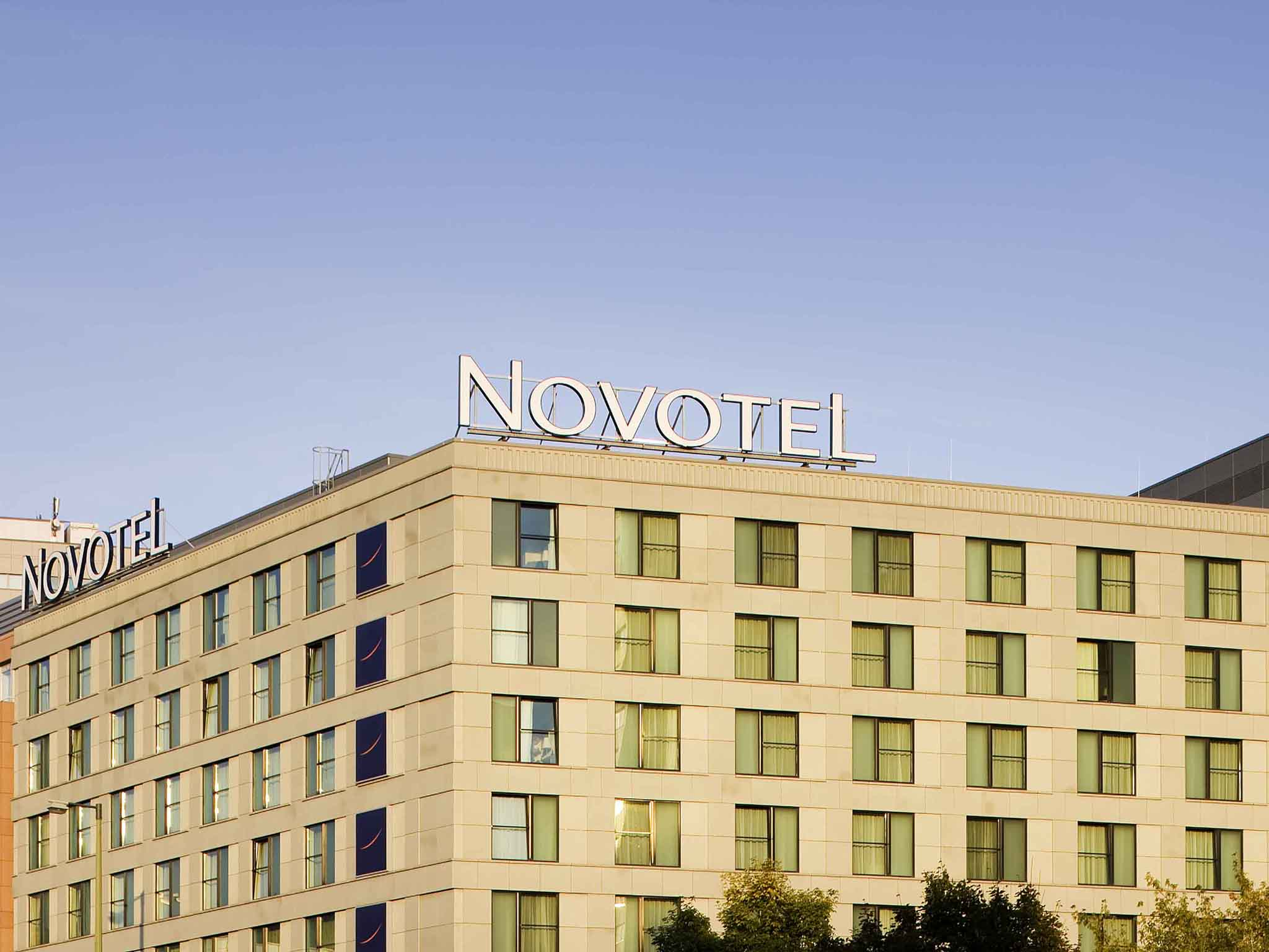 Отель — Novotel Берлин Митте