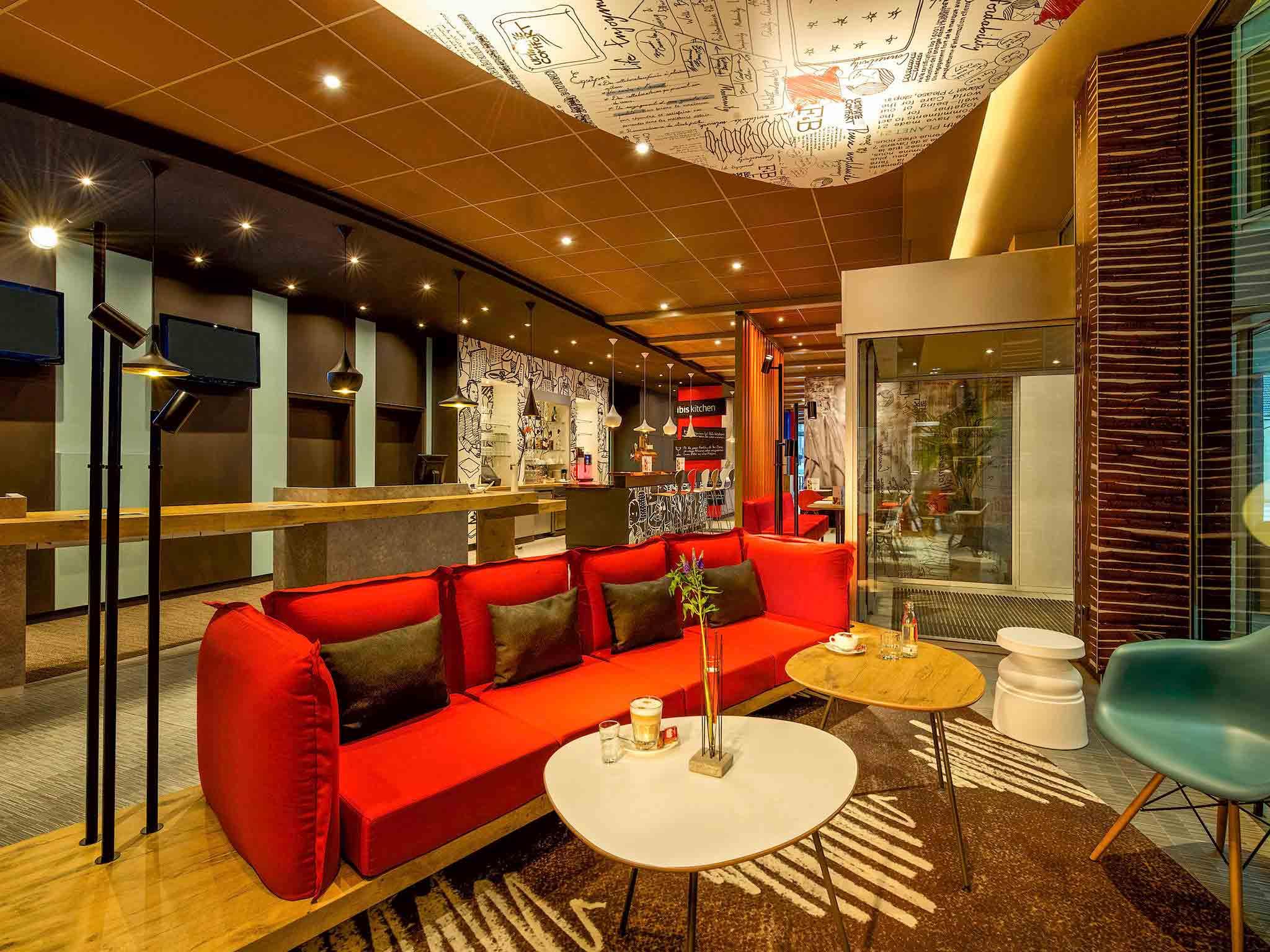 Hotel a hamburg ibis hamburg alsterring