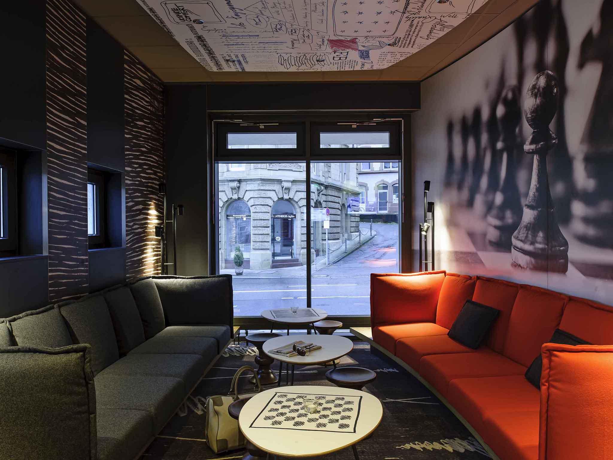 Hotell – ibis Stuttgart Centrum