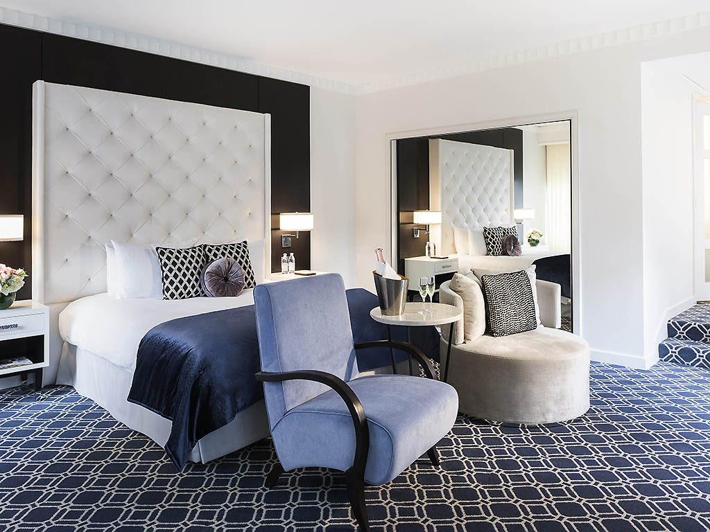 hotel in washington sofitel washington dc lafayette square prestige suite 1 king size bed pull out sofa in separate living