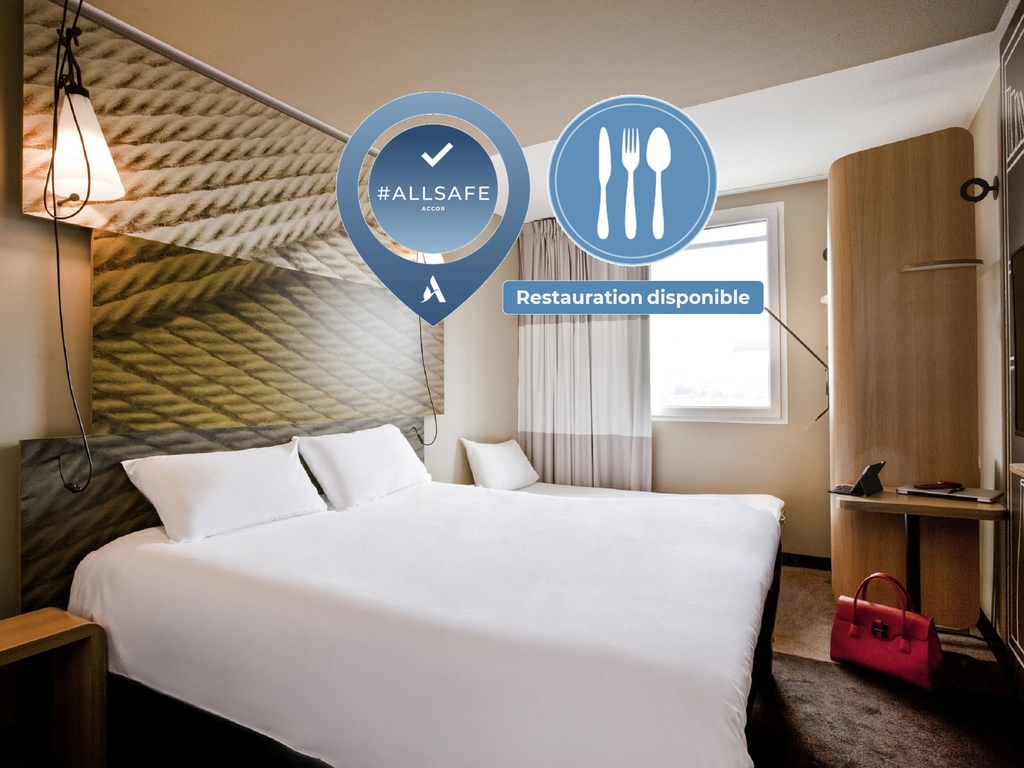 Cheap hotel paris ibis budget paris porte de montmartre - Theatre berthier porte de clichy ...